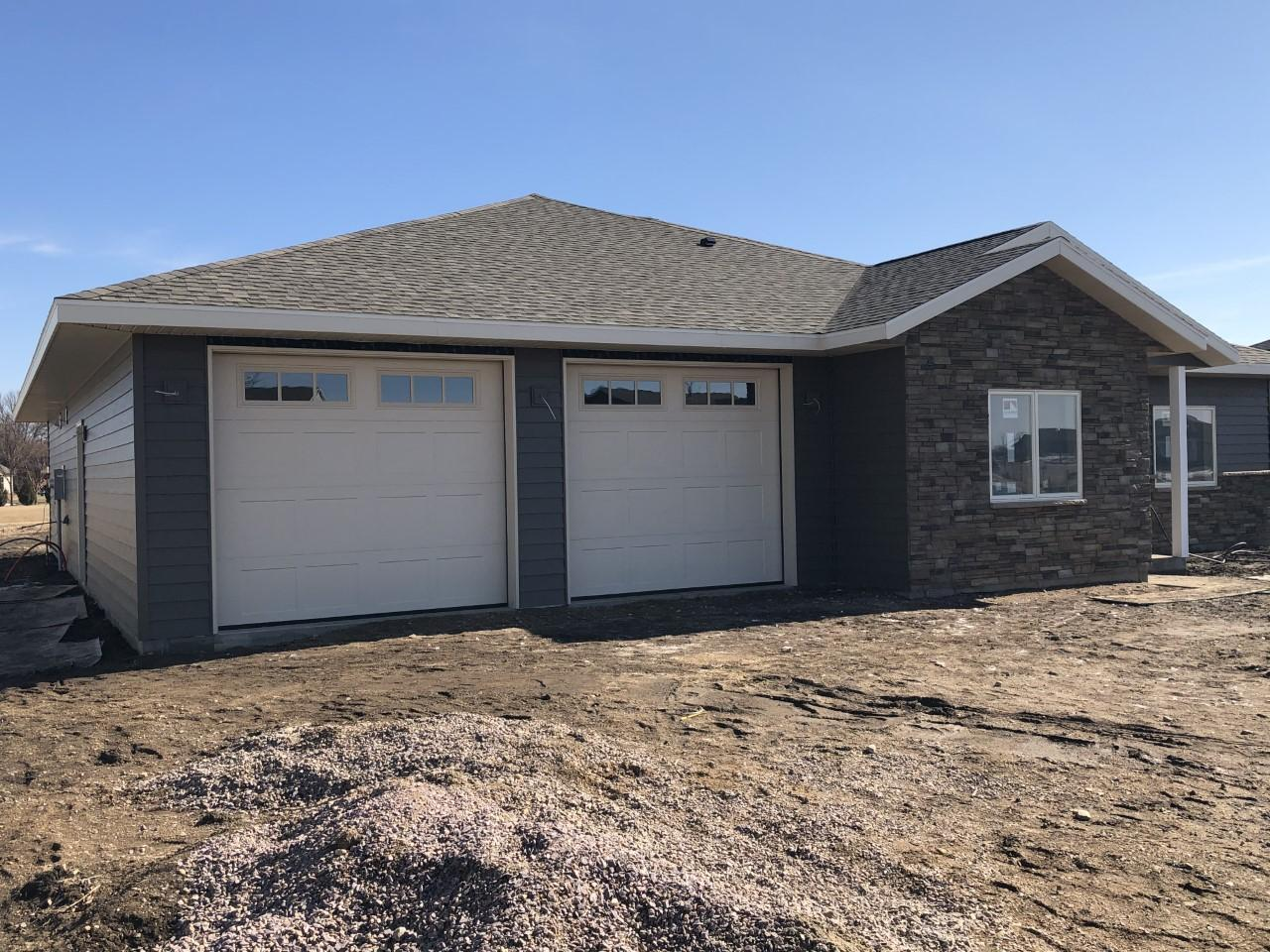640 Pfaender Drive Property Photo - New Ulm, MN real estate listing