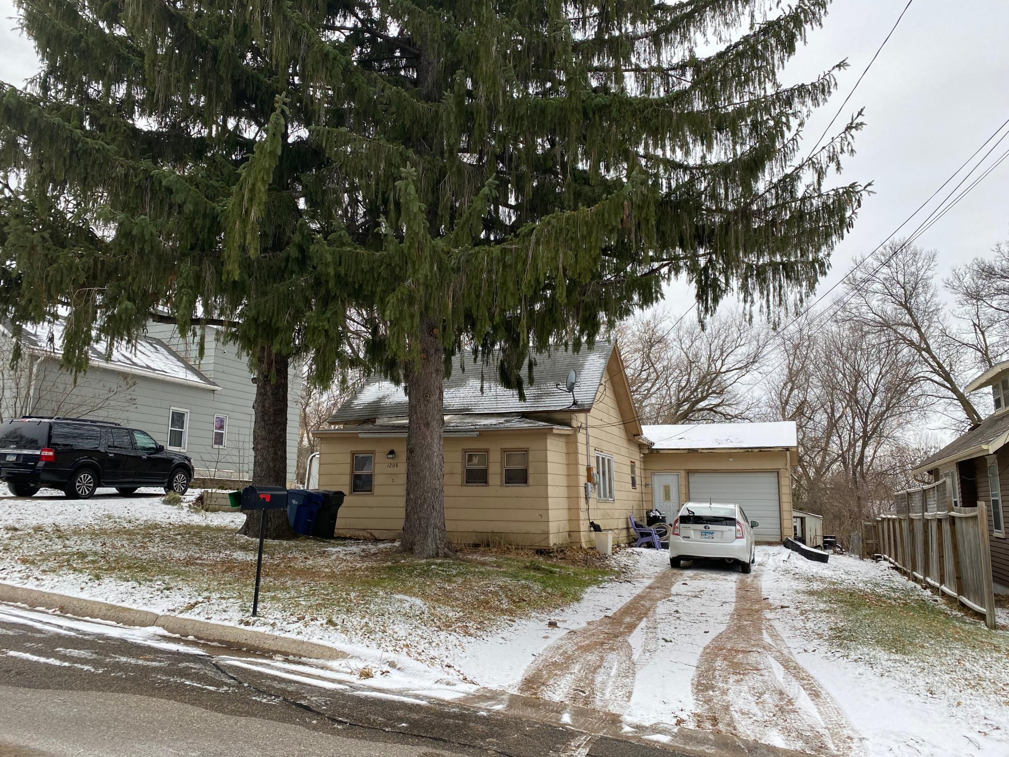 1208 S Mill Street Property Photo - Fergus Falls, MN real estate listing