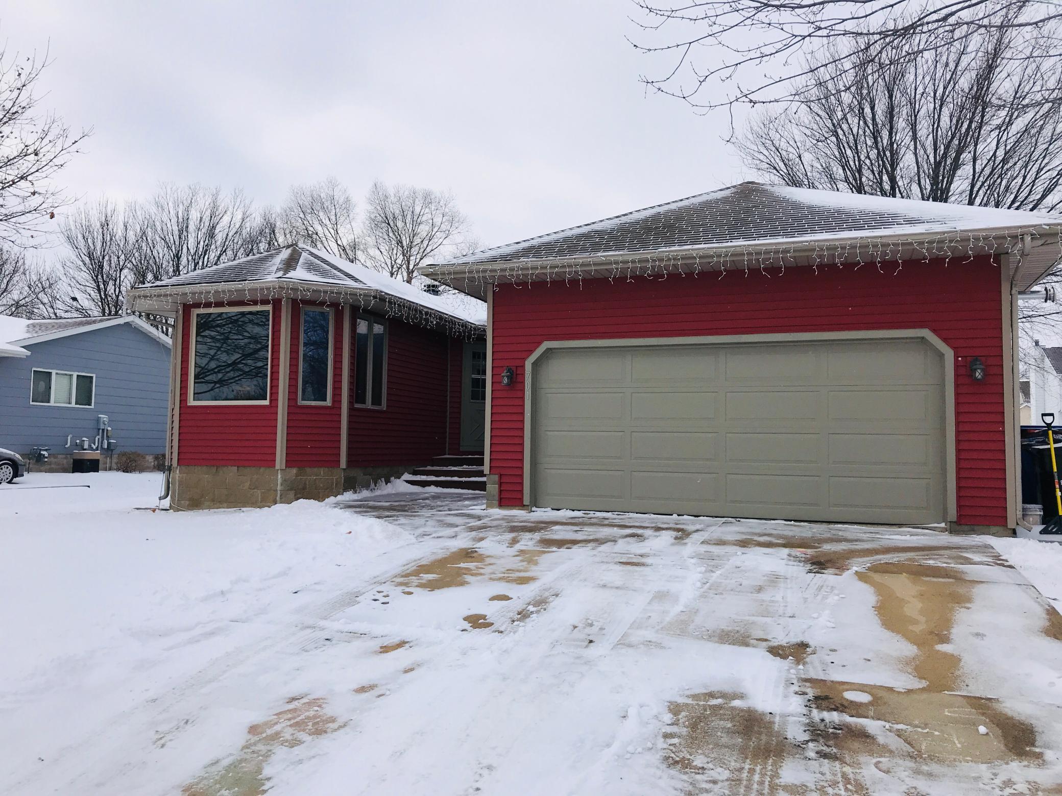 701 7th Avenue SE Property Photo - Stewartville, MN real estate listing