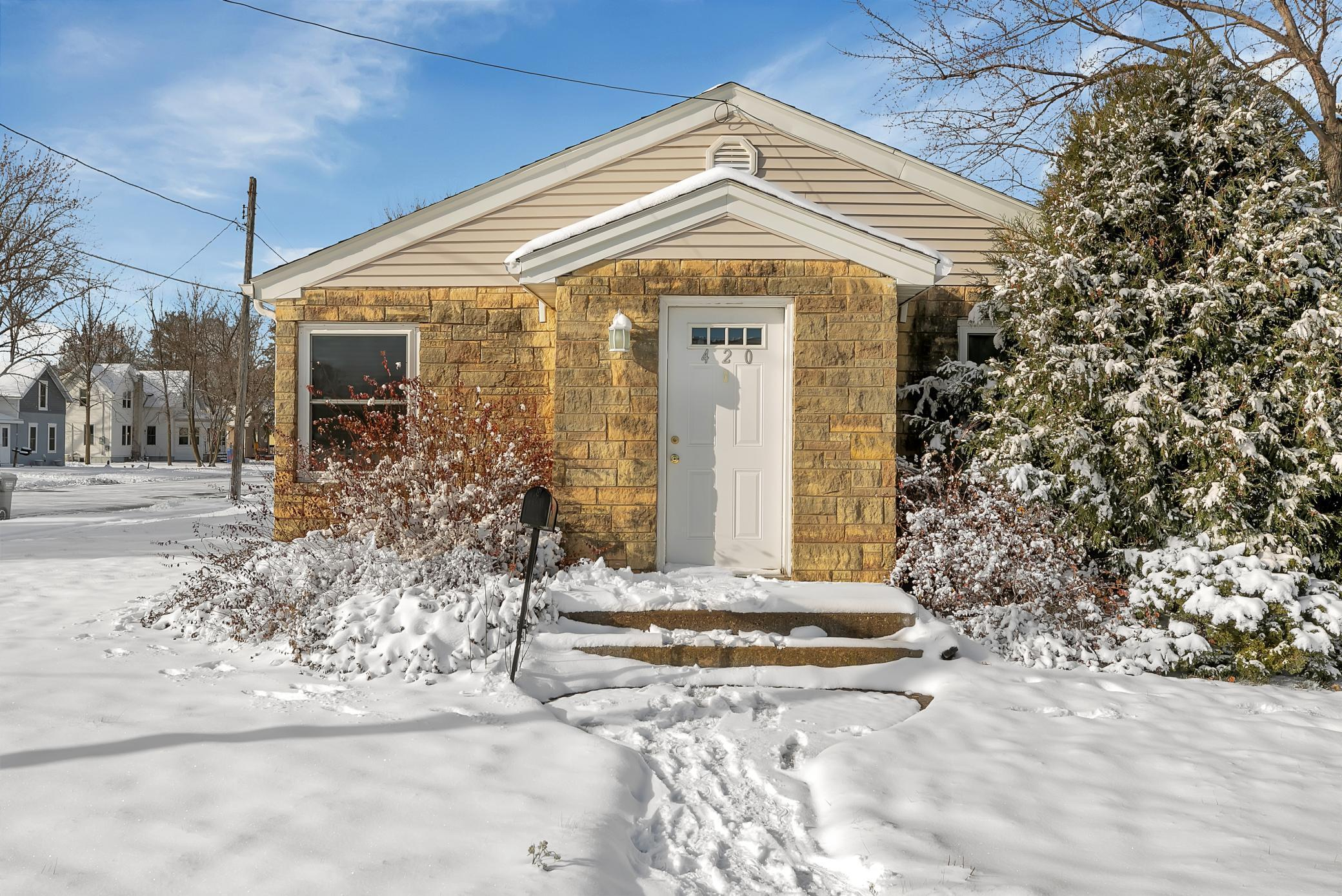420 Stearns Avenue Property Photo