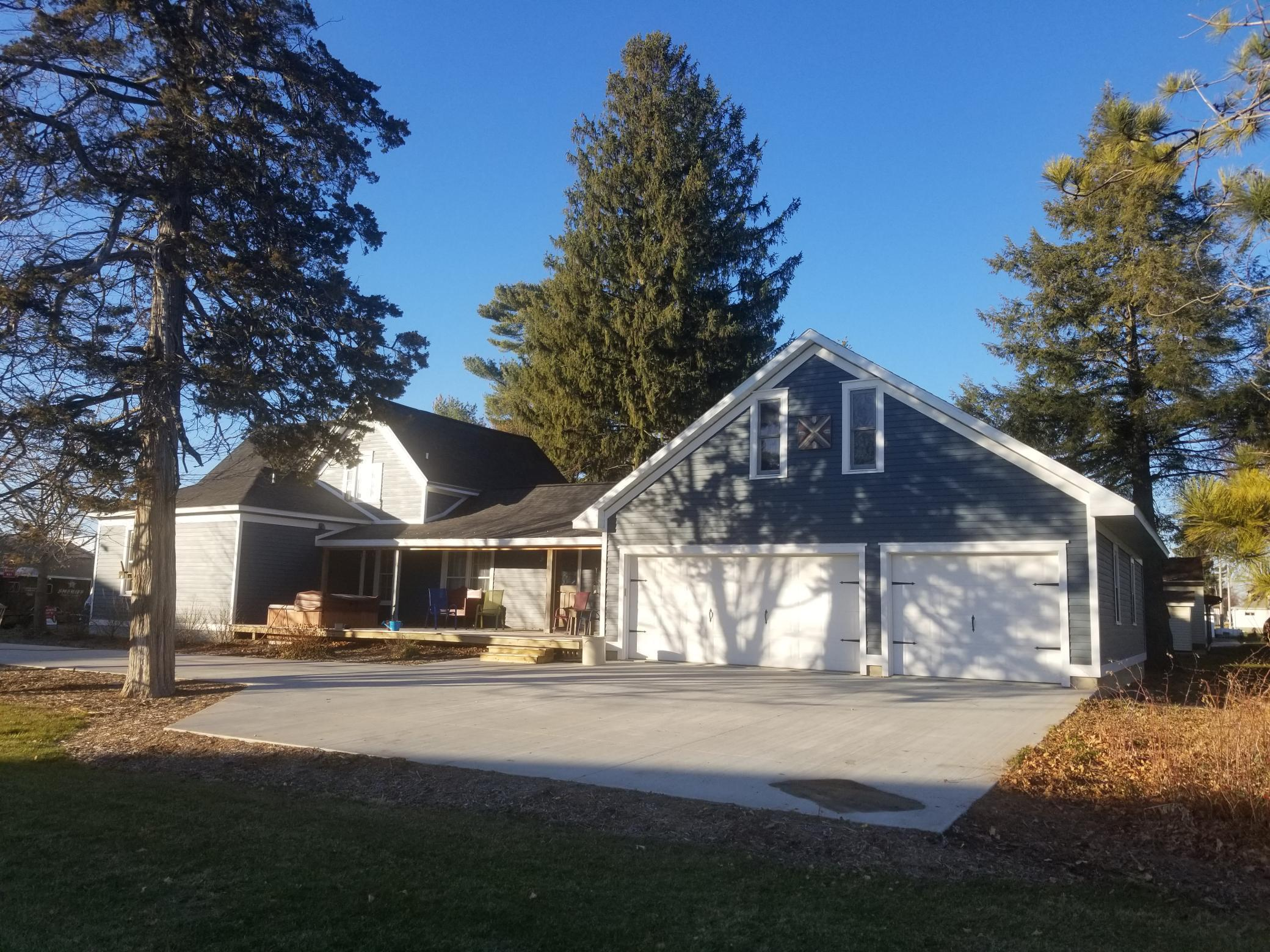 217 S Pine Street Property Photo - Caledonia, MN real estate listing