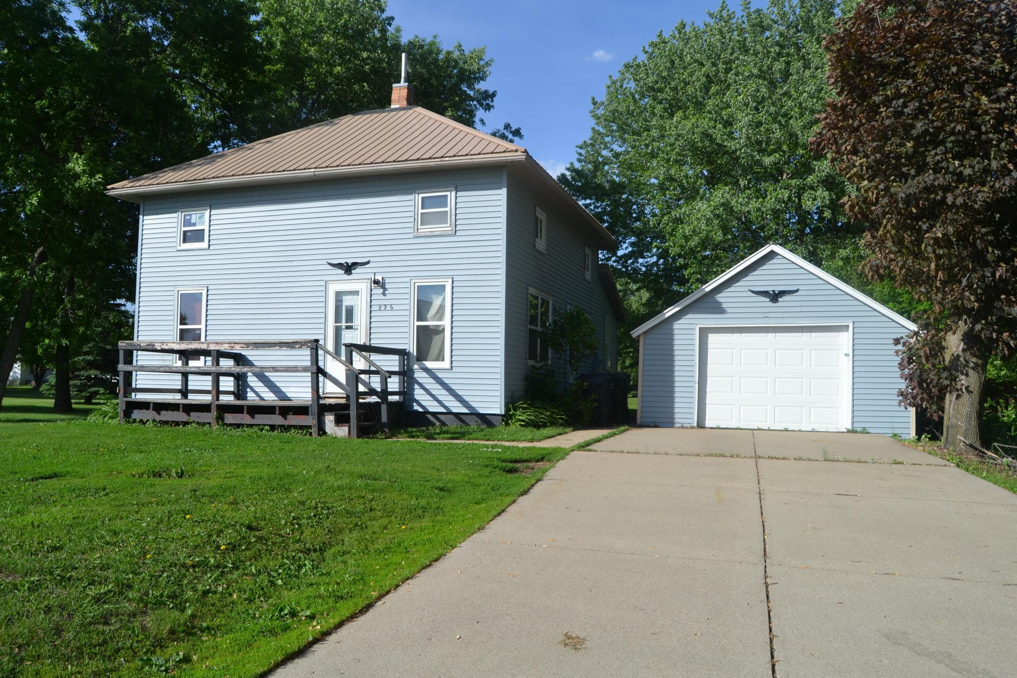 226 9th Street Property Photo - Brewster, MN real estate listing