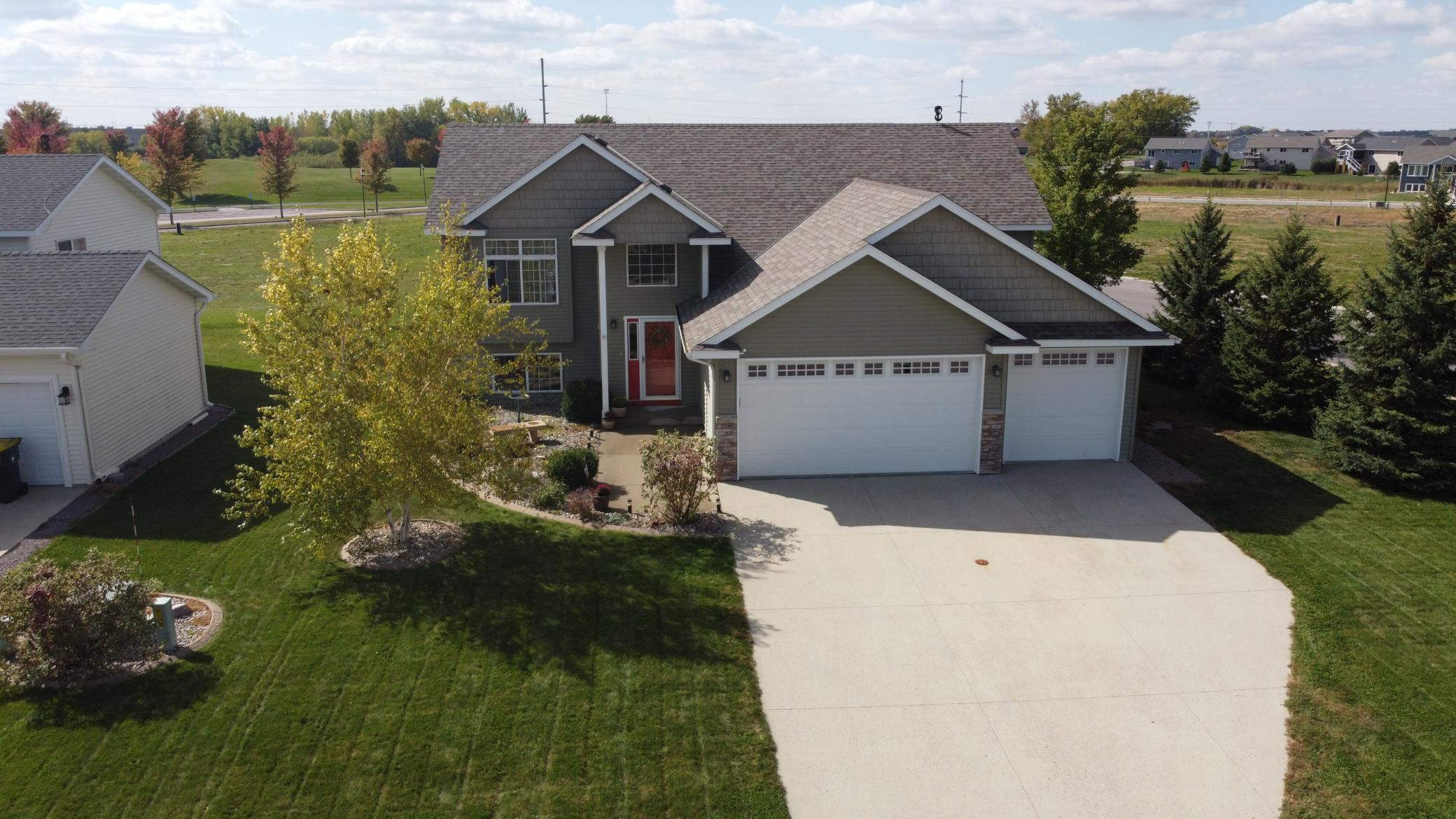 2249 Fairbanks Drive Property Photo - North Mankato, MN real estate listing
