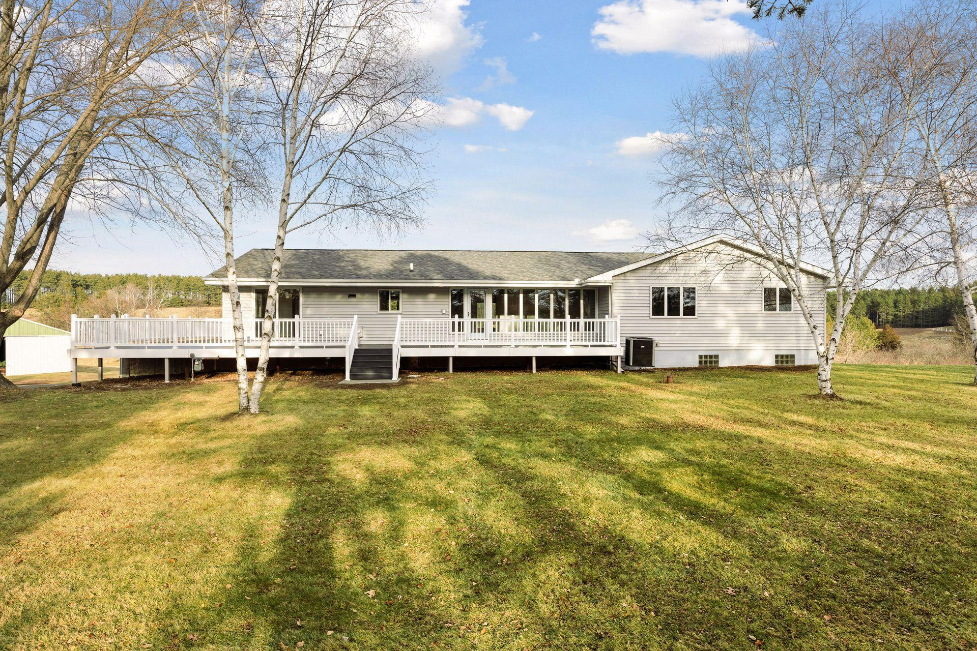 2261 Hwy 35 Property Photo - Somerset, WI real estate listing