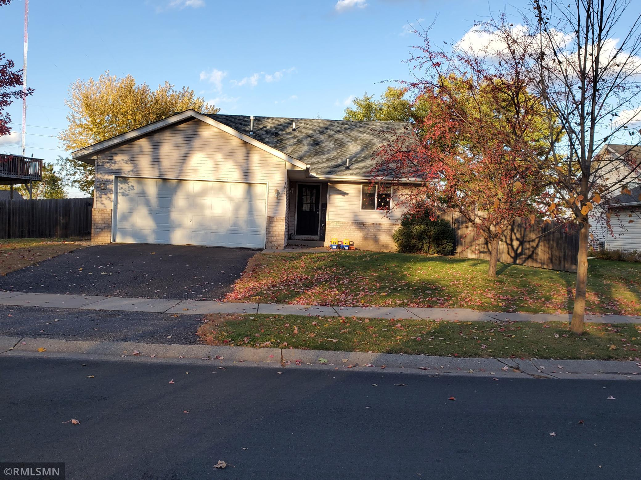 3816 Tower Pond Drive Property Photo - Anoka, MN real estate listing