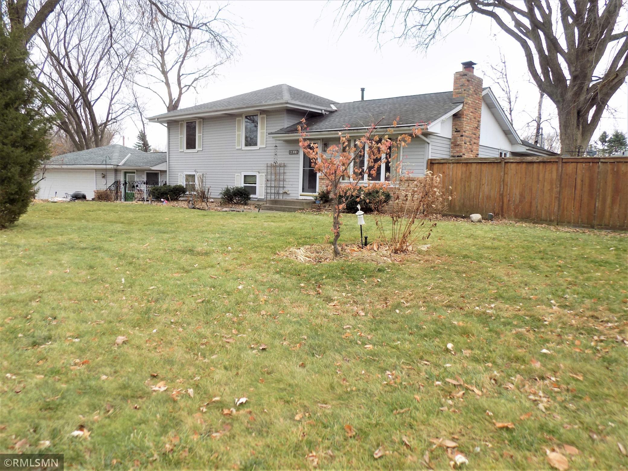 8815 Penn Glen Place Property Photo - Bloomington, MN real estate listing