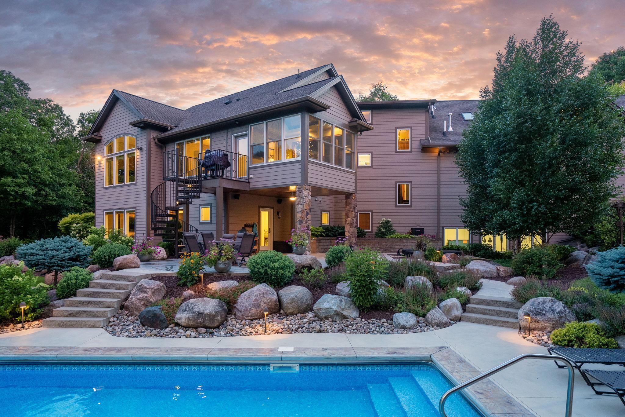 4 Trail Drive Property Photo - Mankato, MN real estate listing