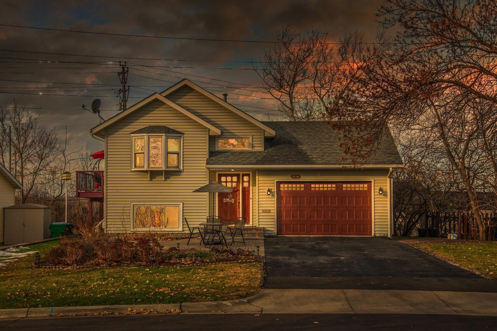 3738 Dakota Avenue S Property Photo