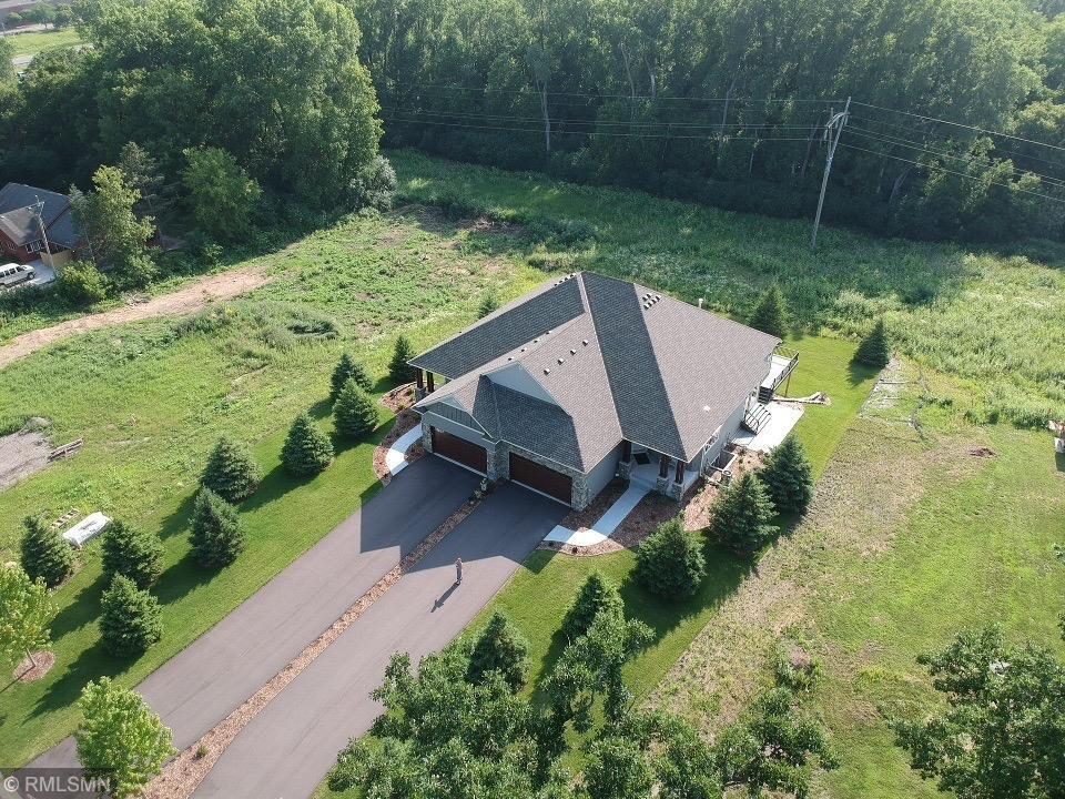 2525 Condon Court Property Photo - Mendota Heights, MN real estate listing