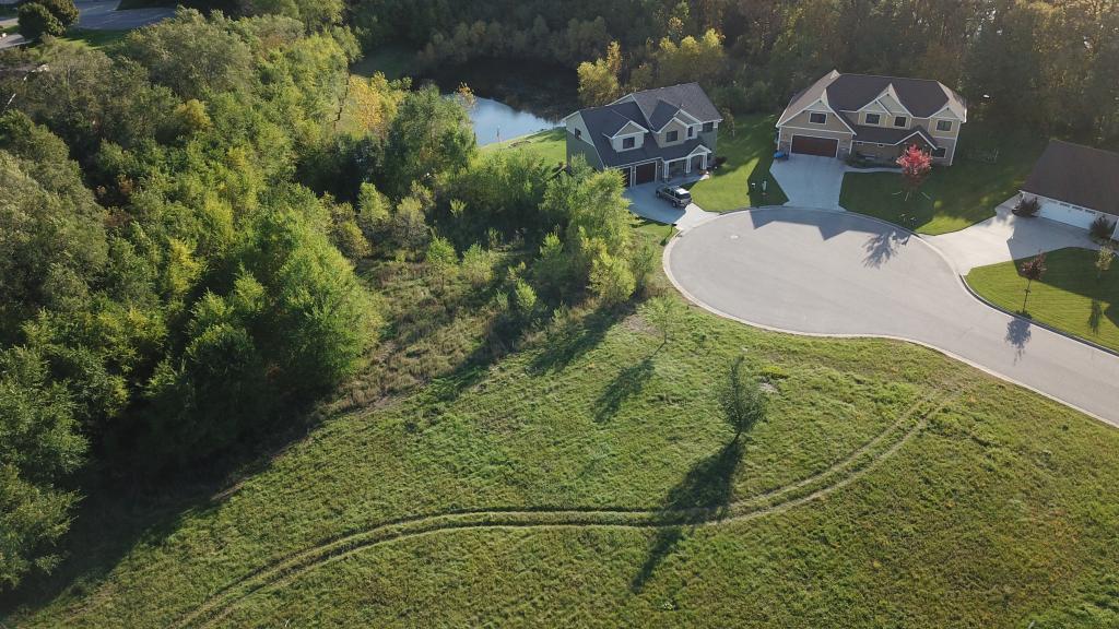 5805 Rivers Edge Drive Property Photo