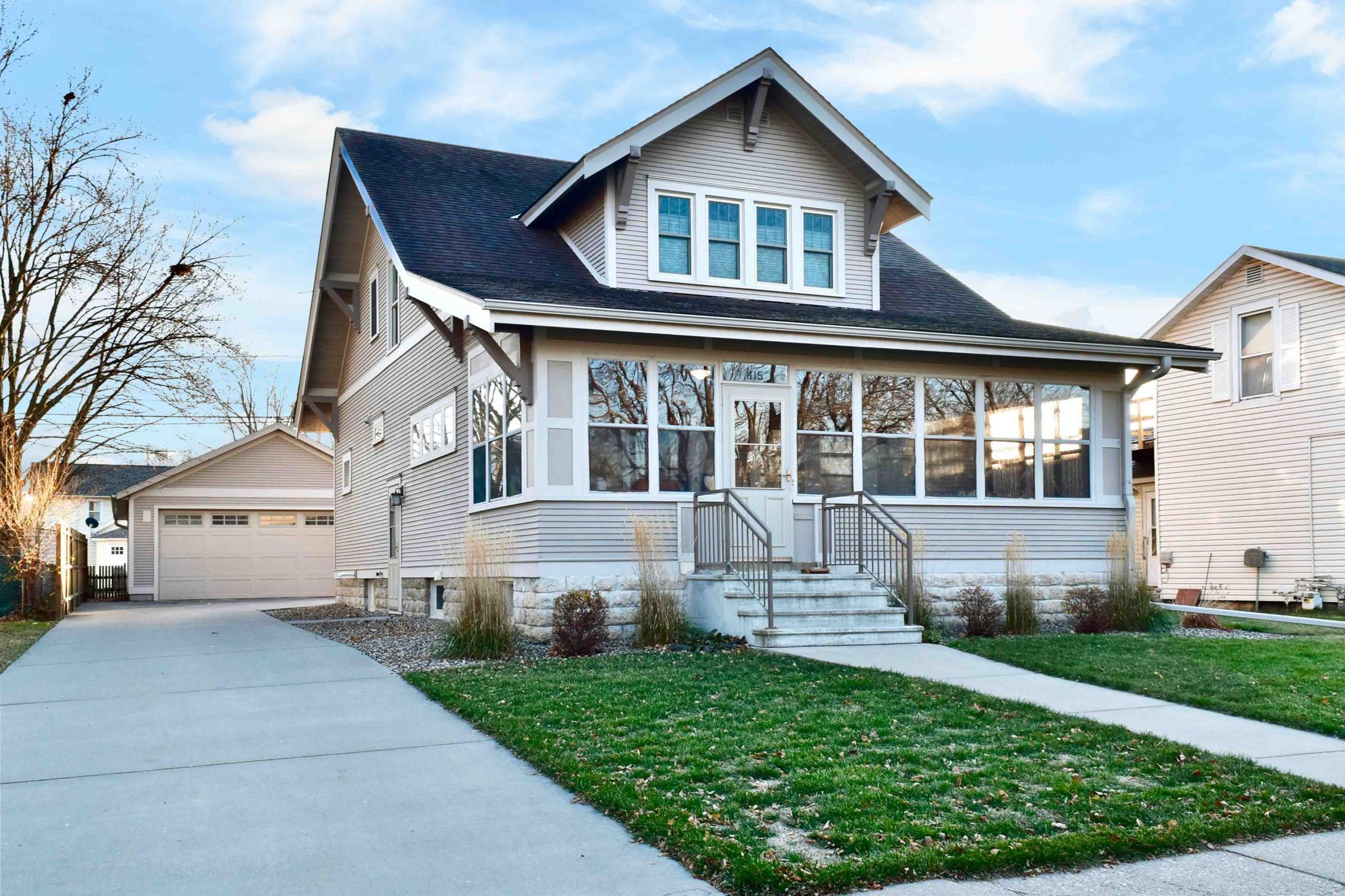 815 W 5th Street Property Photo