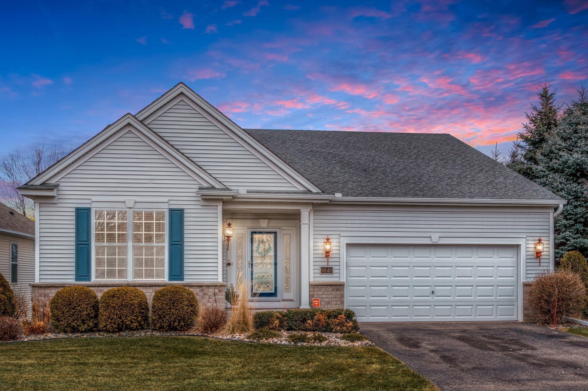 6840 Newbury Road Property Photo - Woodbury, MN real estate listing