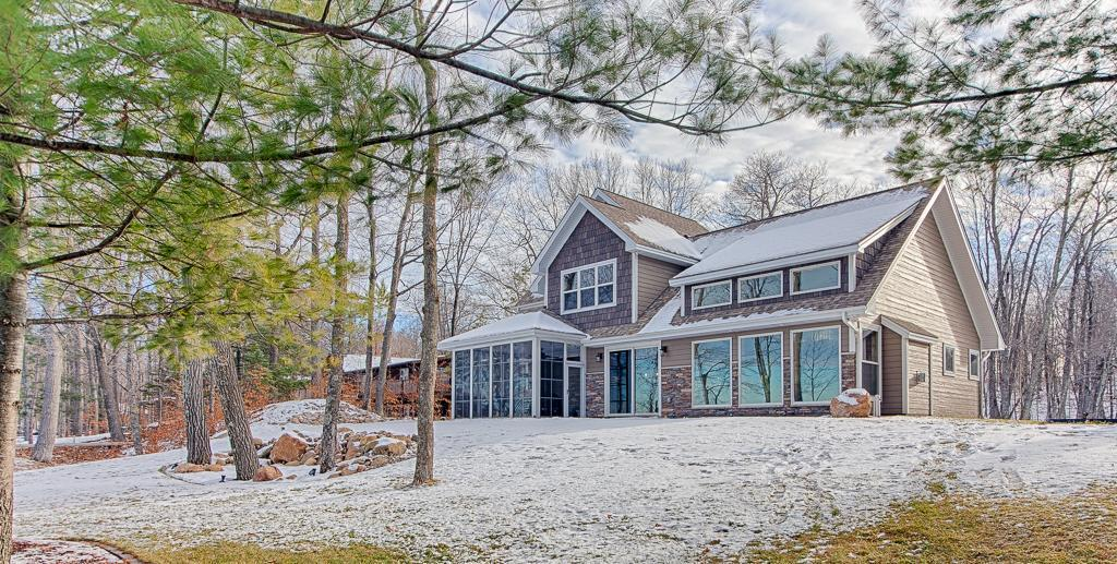 Deerwood Real Estate Listings Main Image