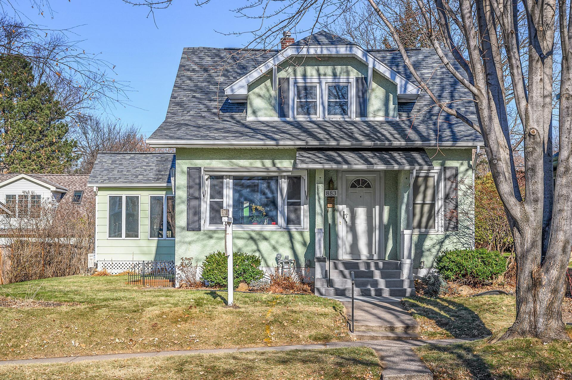 883 Lakeview Avenue Property Photo - Saint Paul, MN real estate listing