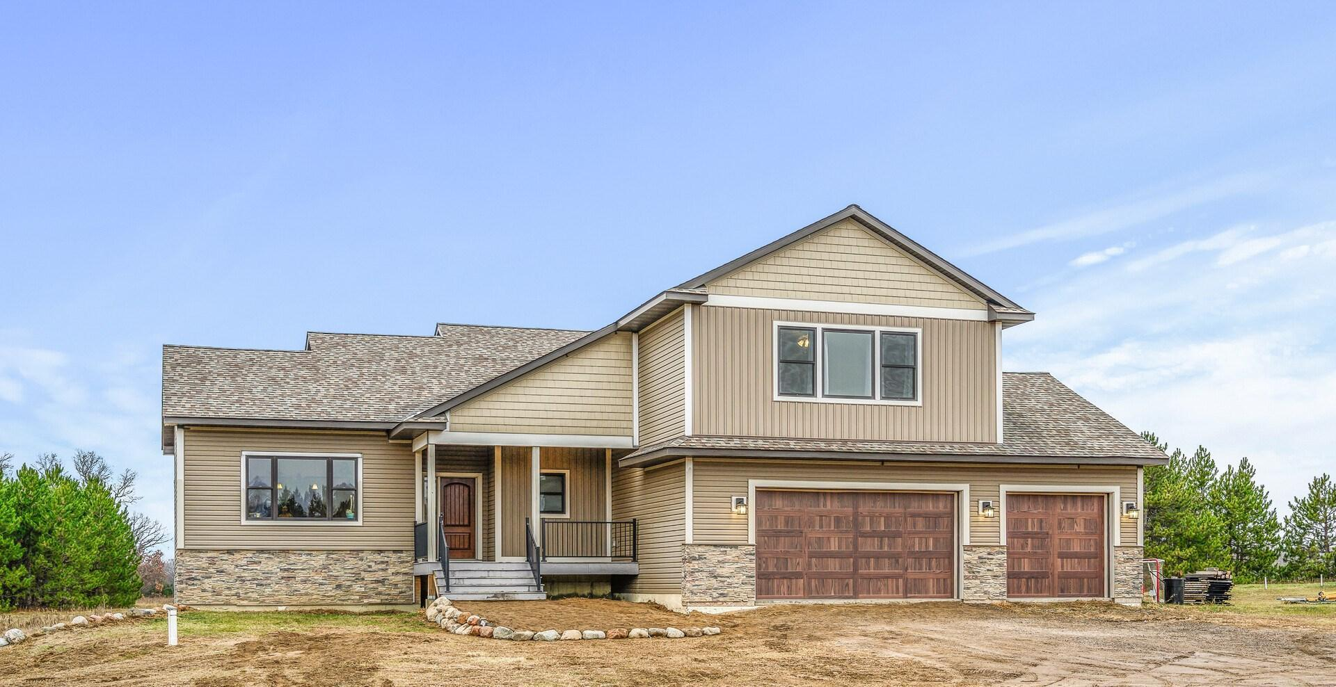 36800 Hemingway Avenue Property Photo - North Branch, MN real estate listing