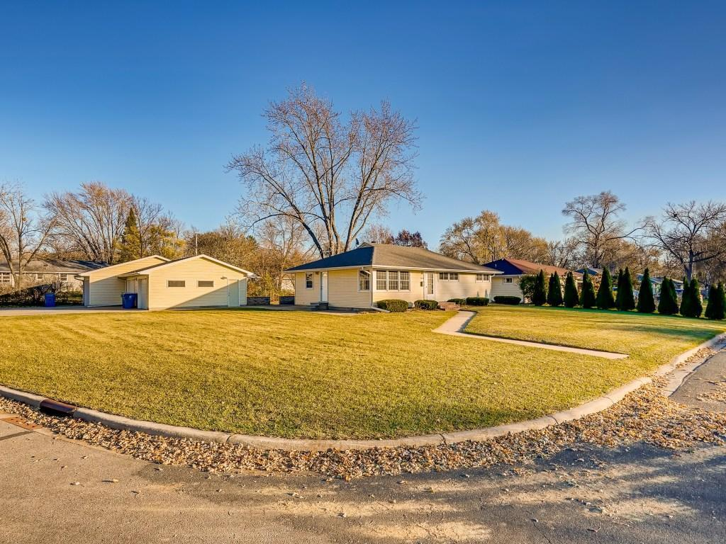 10409 Zenith Avenue S Property Photo - Bloomington, MN real estate listing
