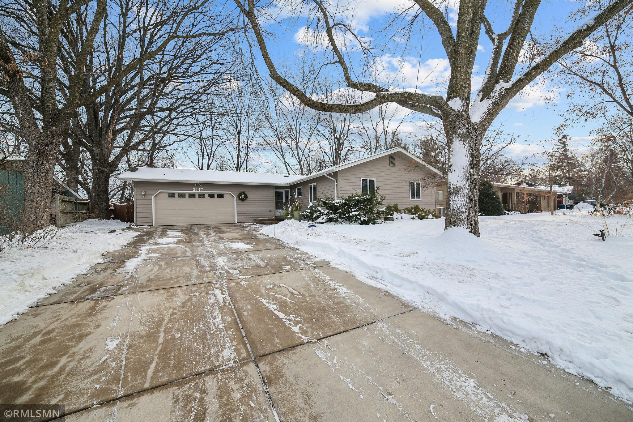 2177 Violet Lane Property Photo - New Brighton, MN real estate listing