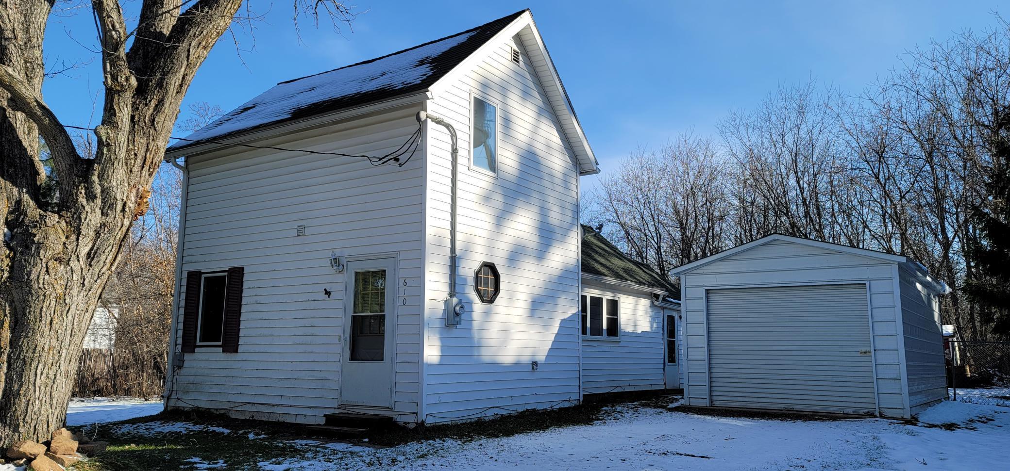 610 Park Avenue Property Photo - Sandstone, MN real estate listing