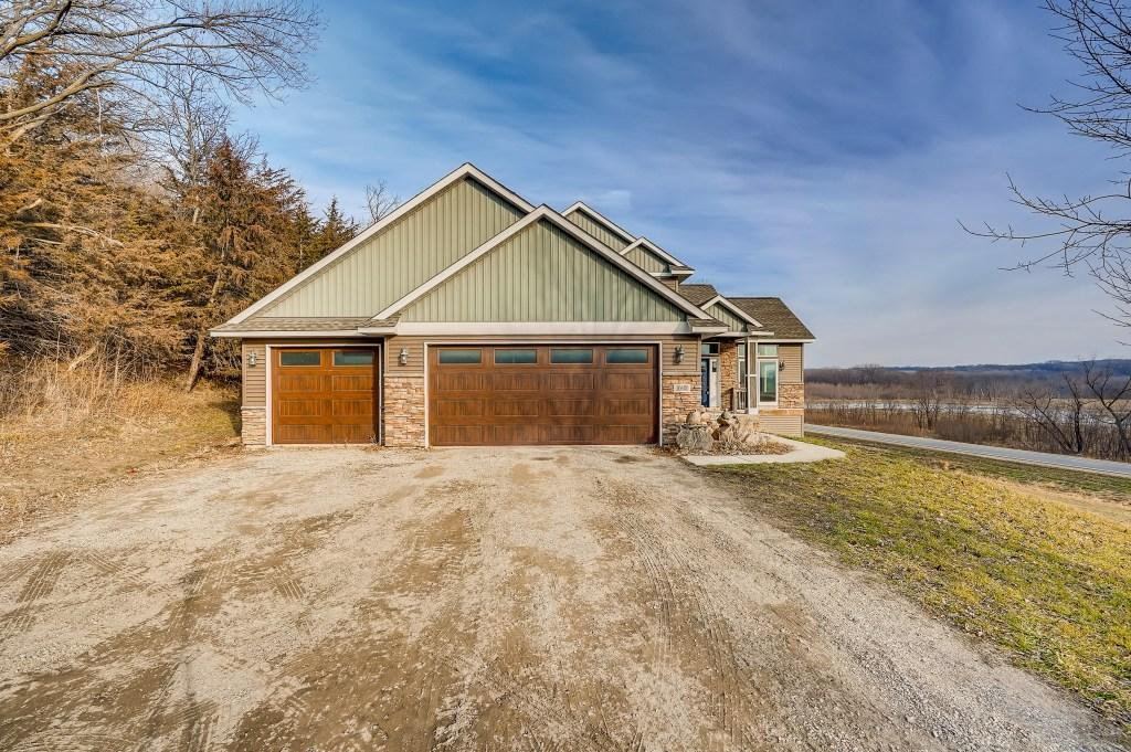 30600 Scenic Byway Road Property Photo - Henderson, MN real estate listing