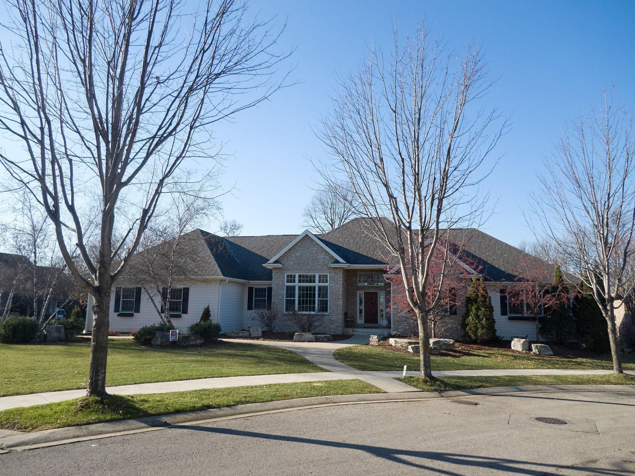 999 Foxwoods Court SW Property Photo - Rochester, MN real estate listing