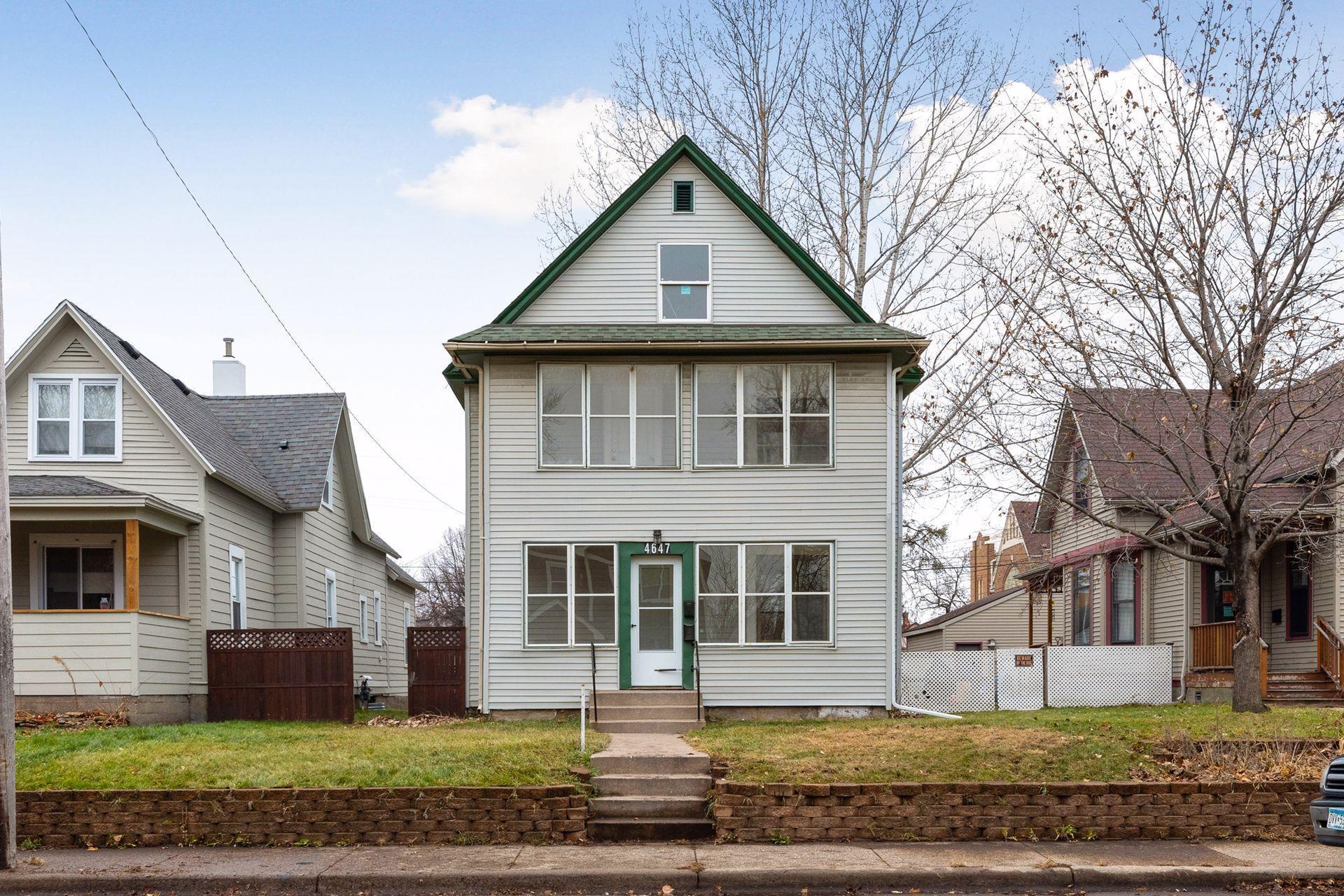 4647 Bryant Avenue N Property Photo