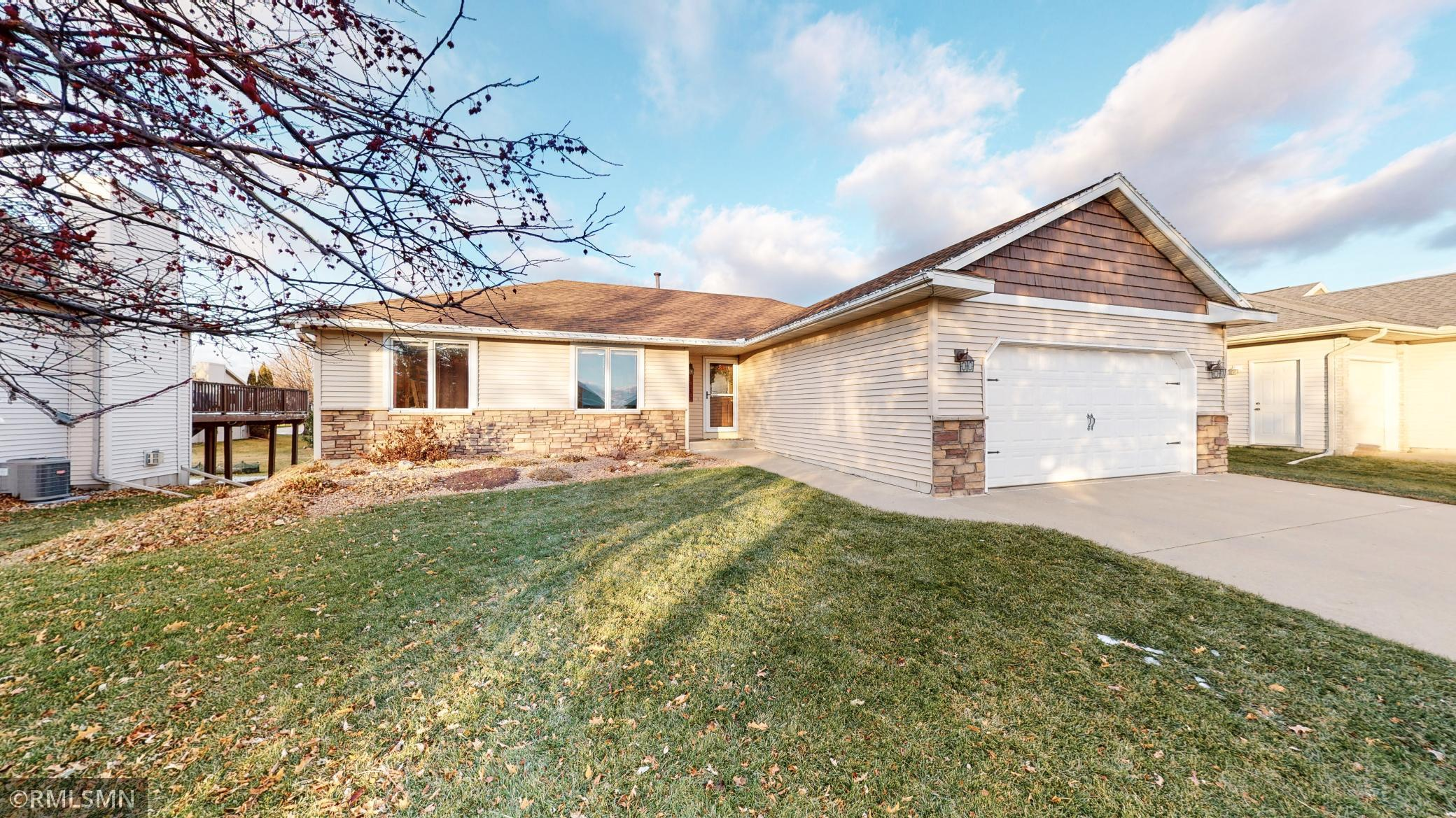 3635 Ironwood Court SW Property Photo - Rochester, MN real estate listing