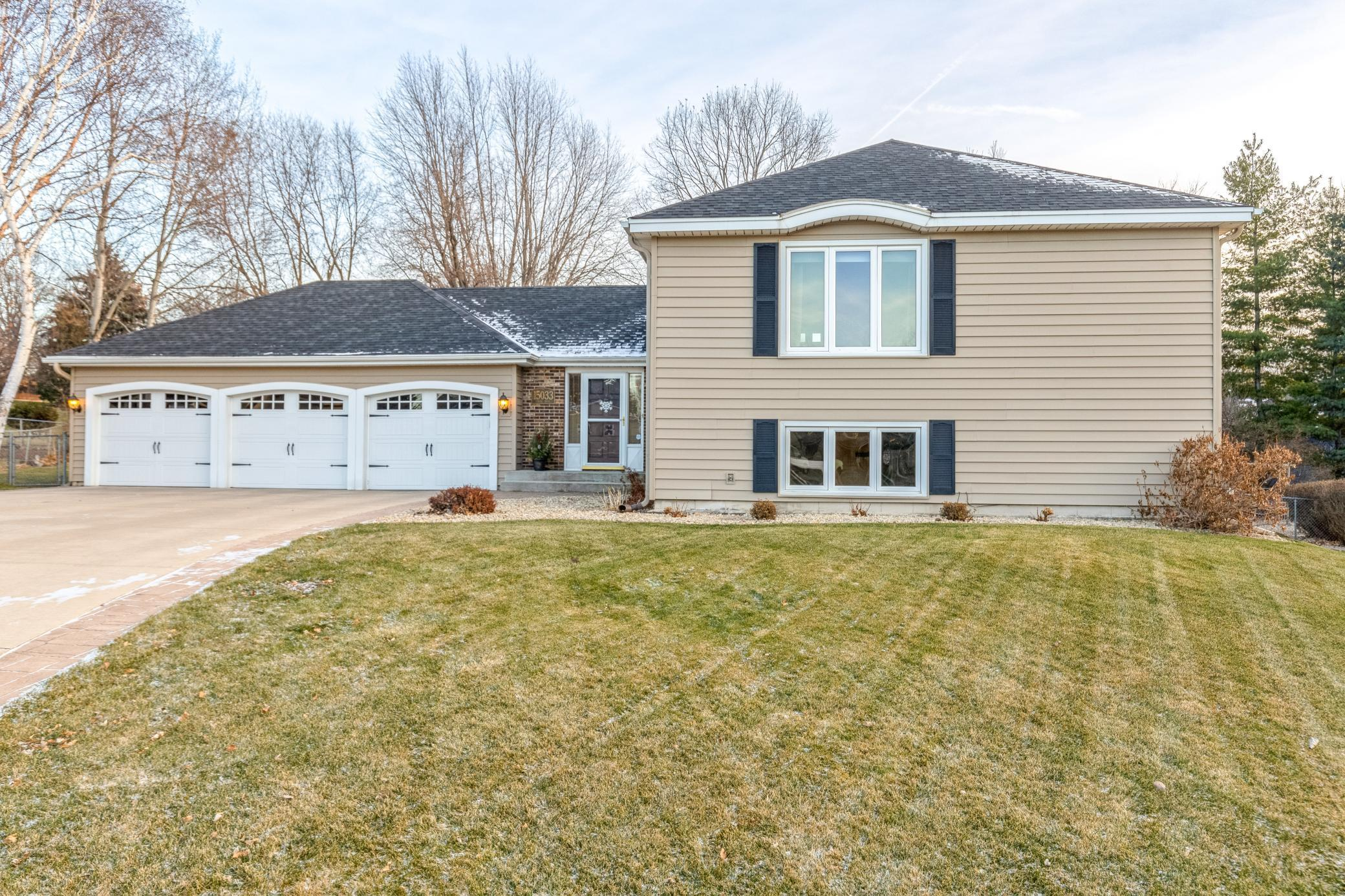 15033 Tyacke Drive Property Photo - Burnsville, MN real estate listing