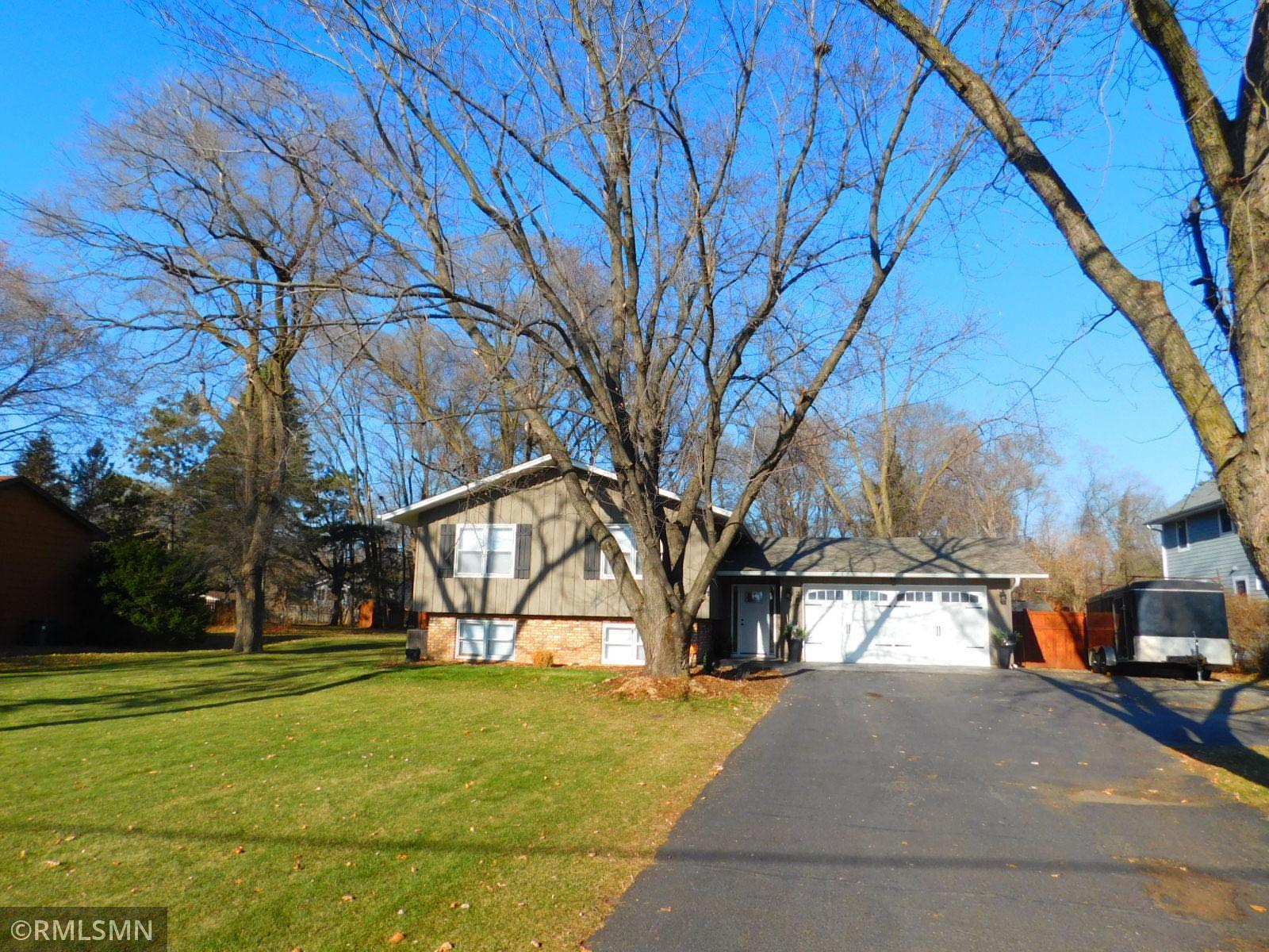 287 Snail Lake Road Property Photo - Shoreview, MN real estate listing
