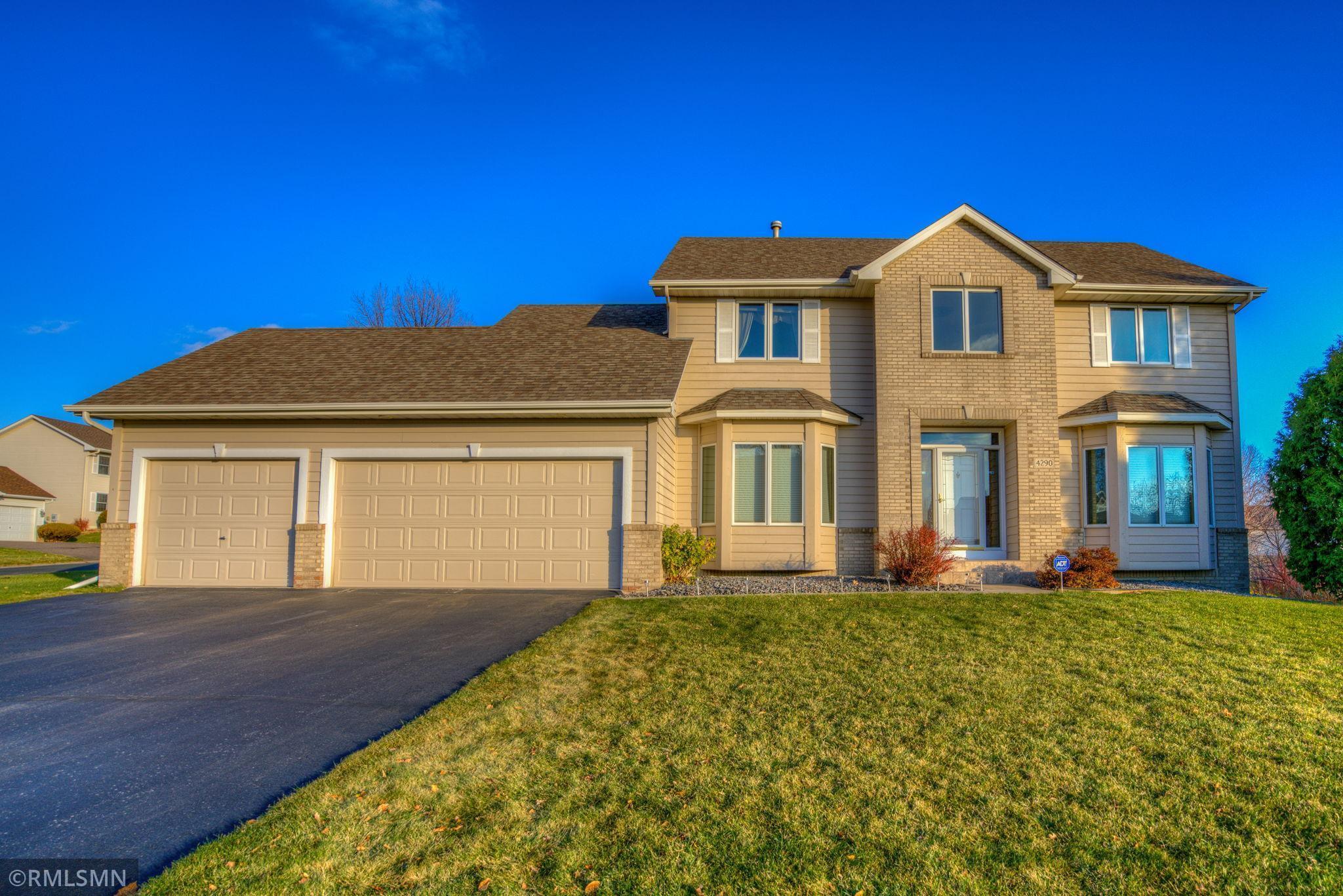 4290 Cottonwood Lane N Property Photo - Plymouth, MN real estate listing