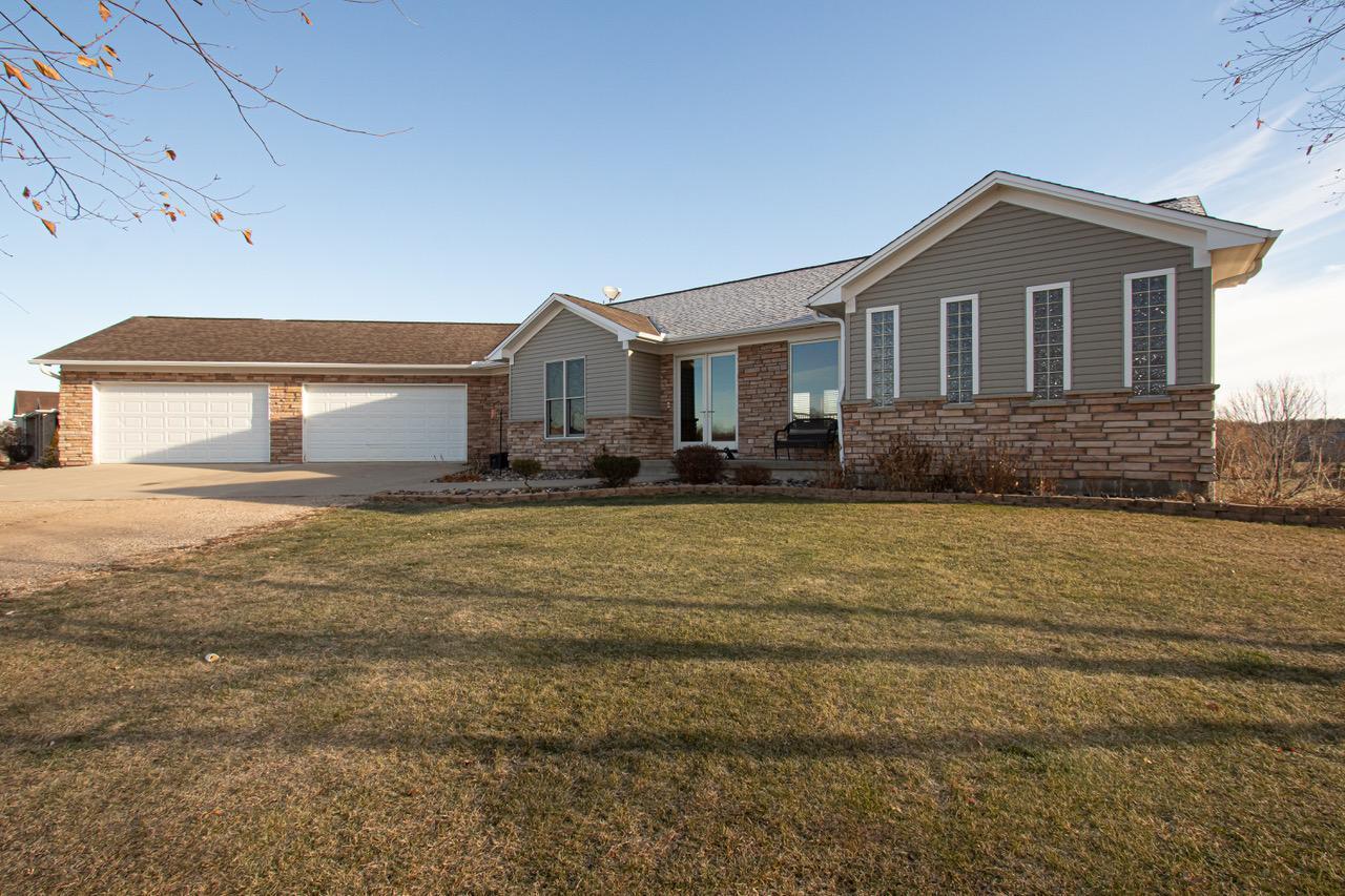 56069 Real Estate Listings Main Image