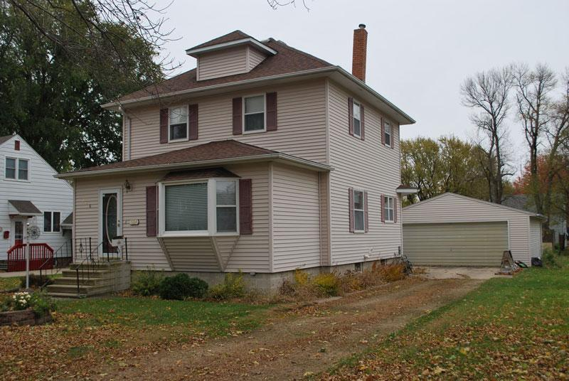 206 N Central Avenue Property Photo - Truman, MN real estate listing
