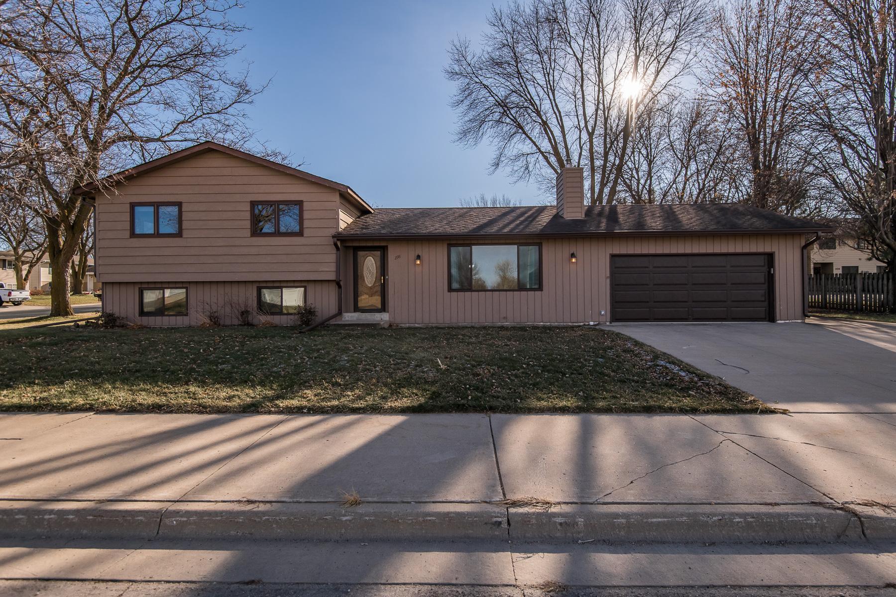 298 6th Street SE Property Photo - Stewartville, MN real estate listing