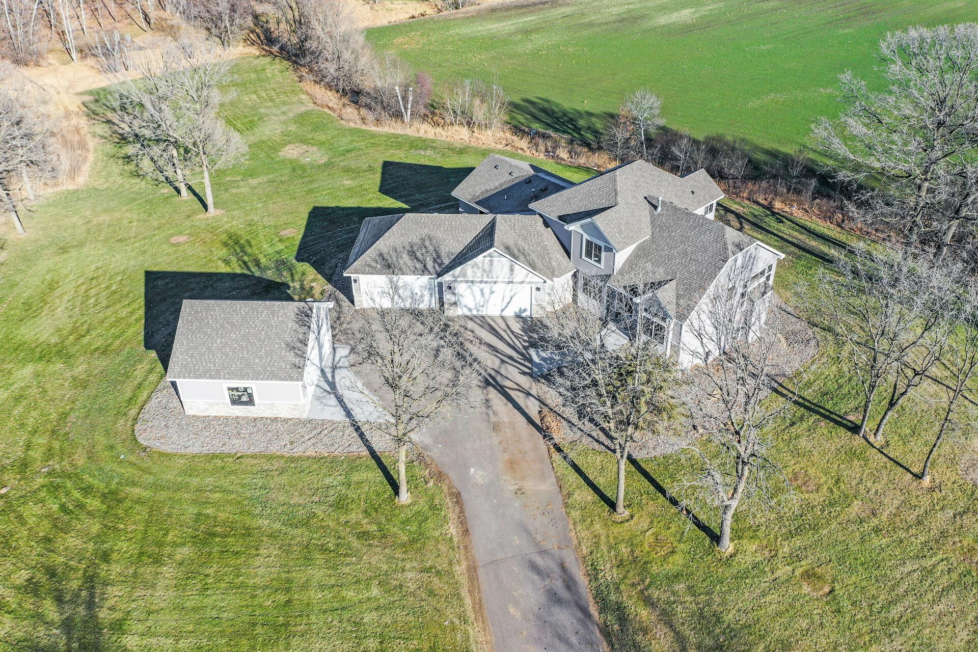 141 145th Lane NE Property Photo - Ham Lake, MN real estate listing
