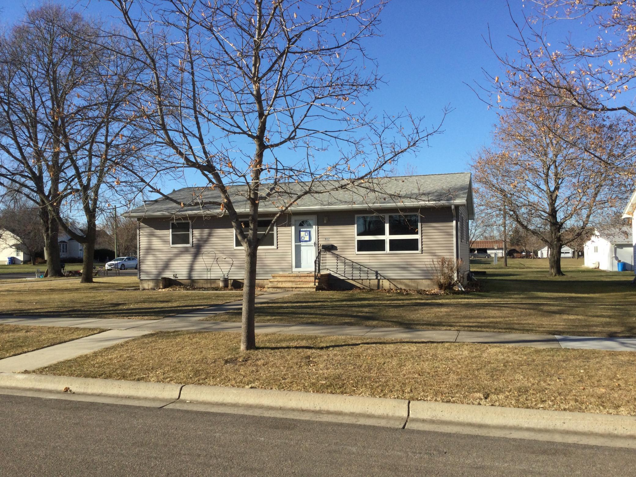 902 Haarfager Avenue N Property Photo - Canby, MN real estate listing