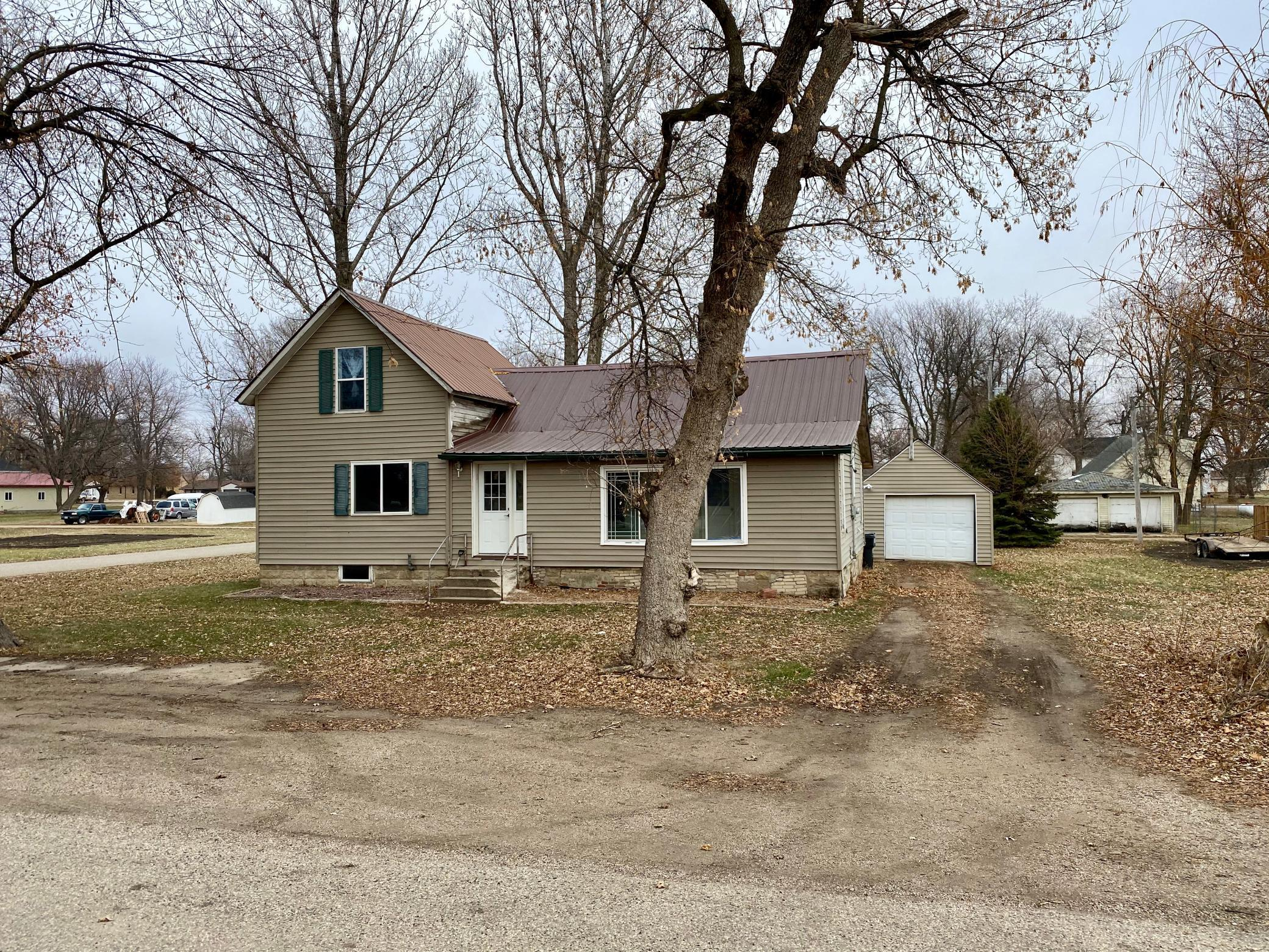 780 Spruce Street Property Photo - Ocheyedan, IA real estate listing