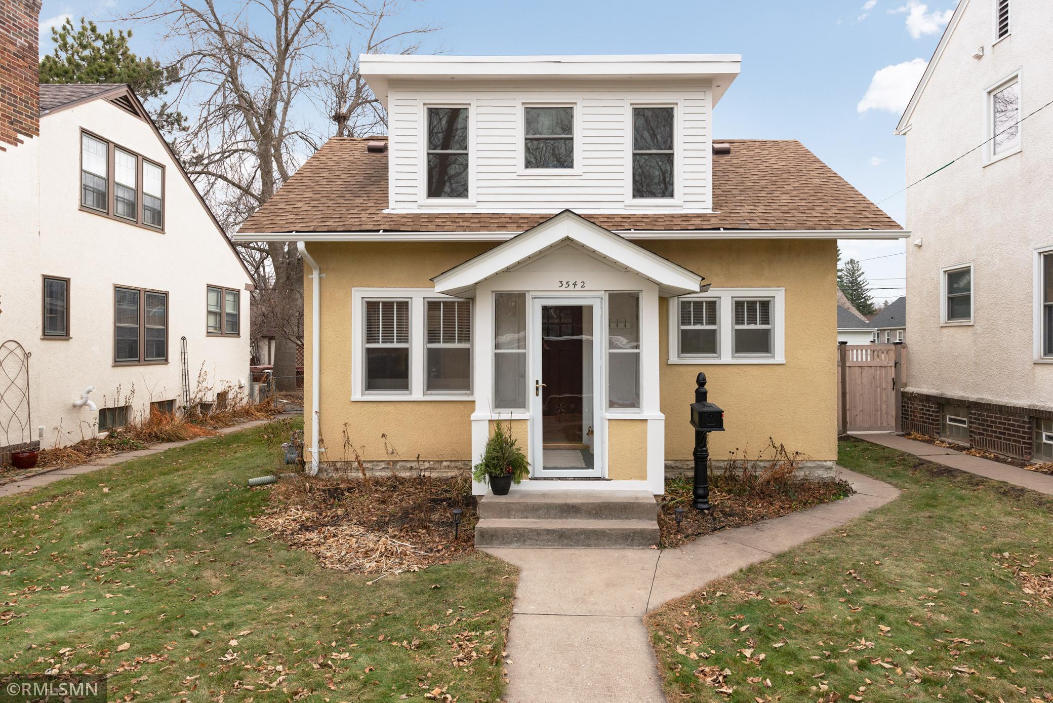 3542 Xerxes Avenue N Property Photo - Minneapolis, MN real estate listing