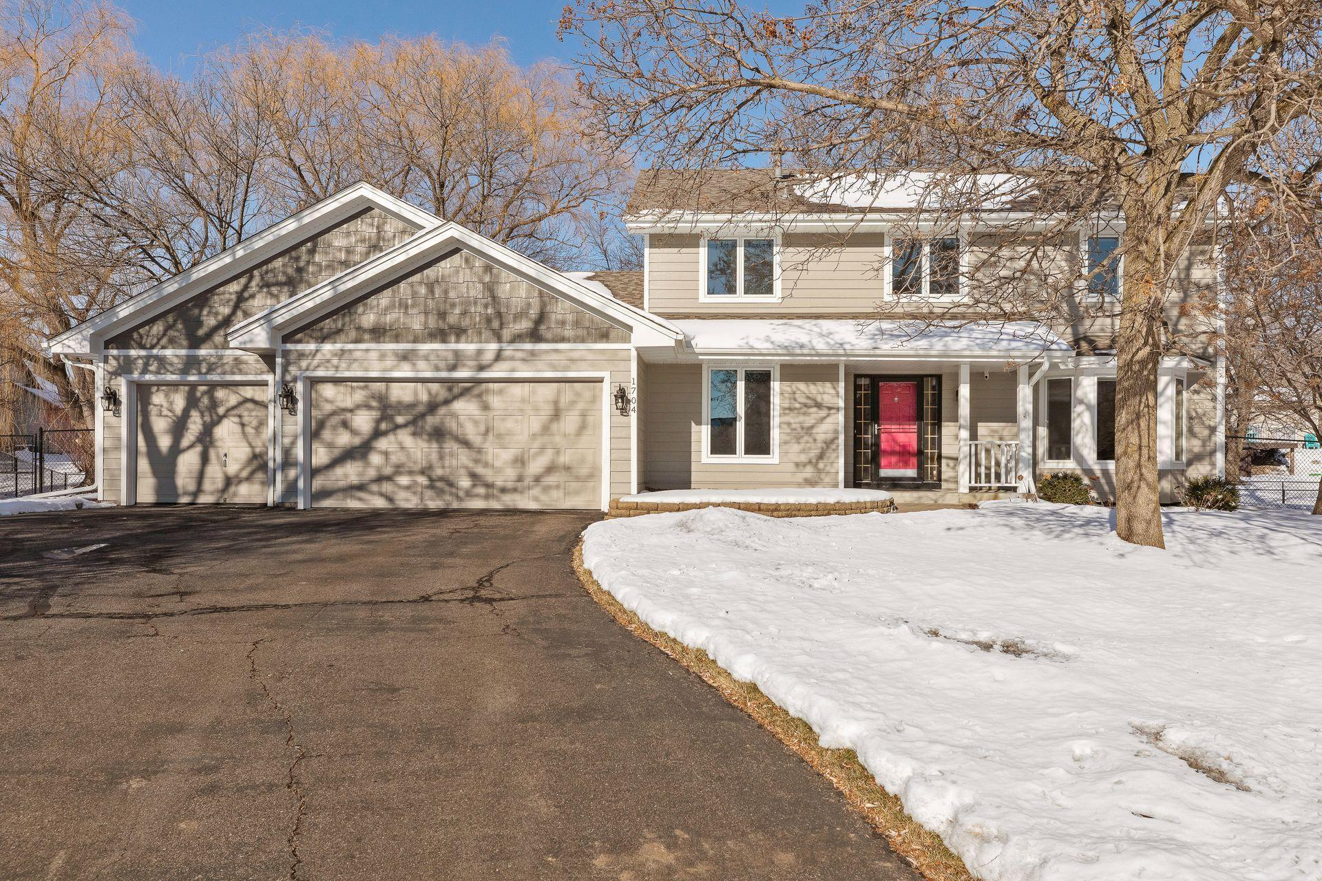 1704 Sunrise Court Property Photo - Burnsville, MN real estate listing