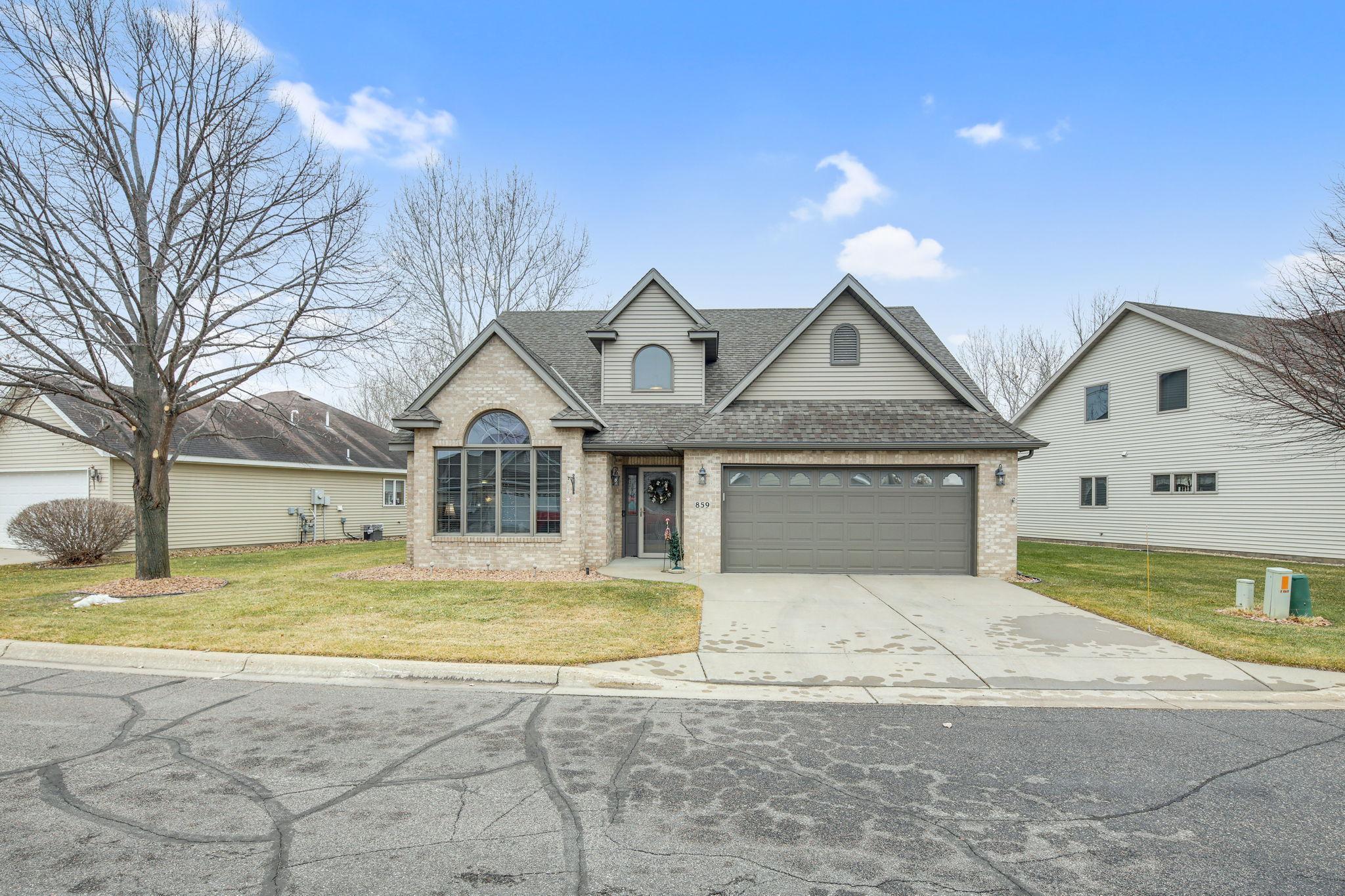 Aspen Spgs Real Estate Listings Main Image