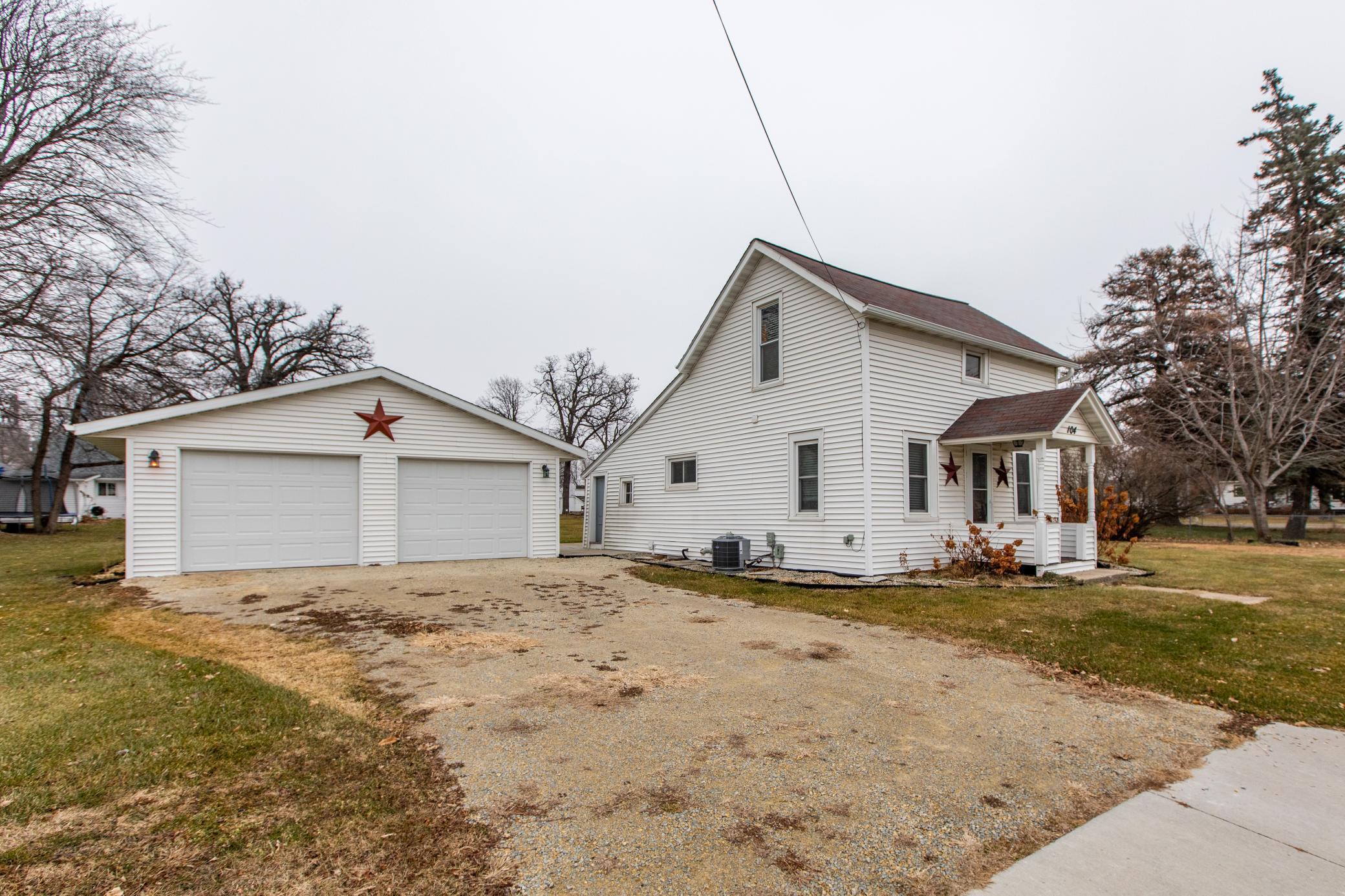 104 3rd Street SE Property Photo - Dodge Center, MN real estate listing