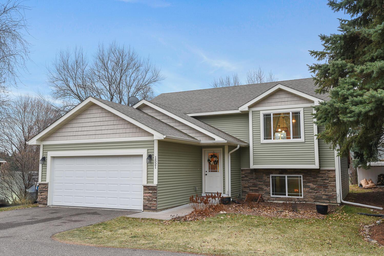 1521 Hydram Avenue N Property Photo