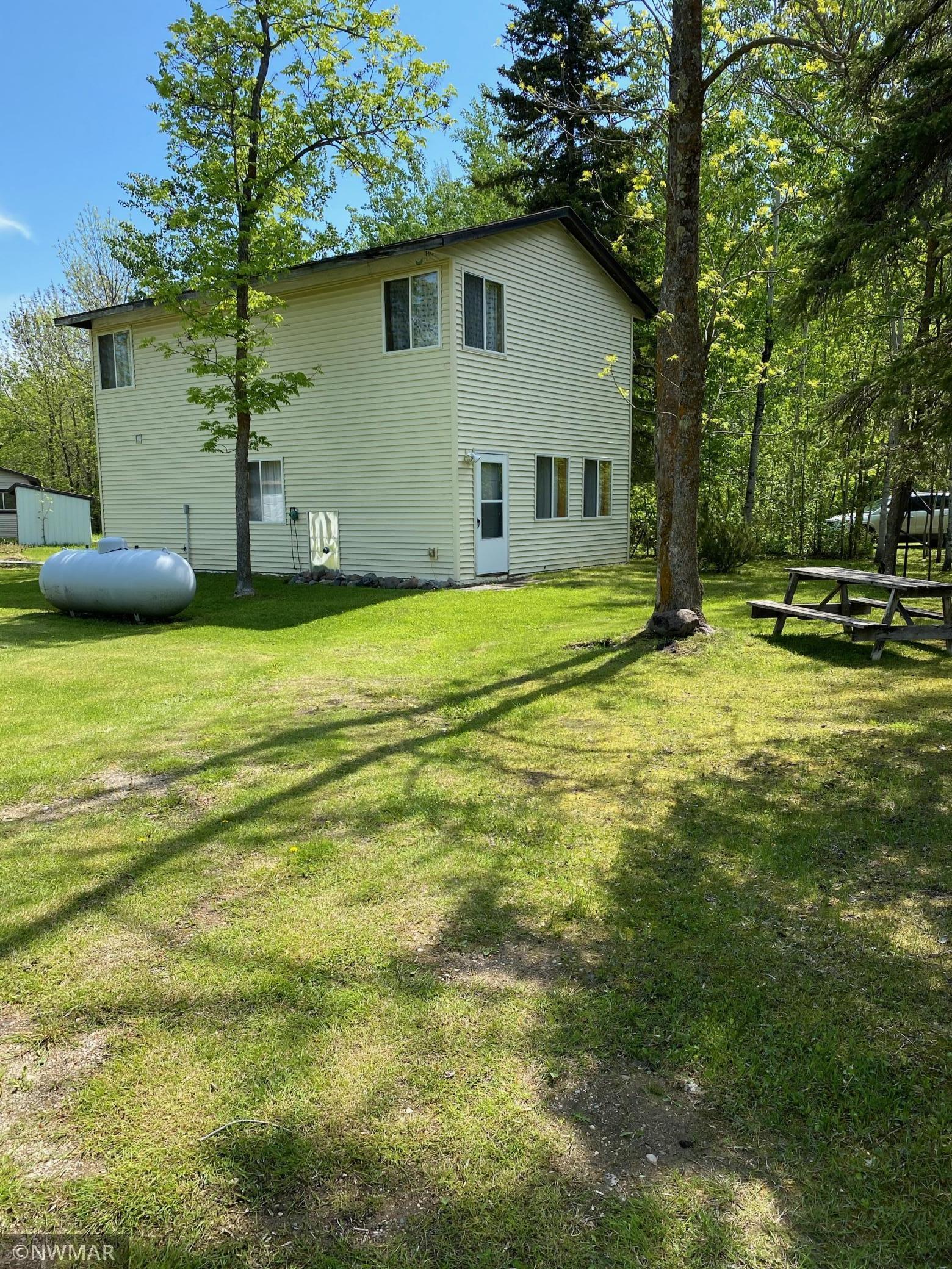 40651 575th Avenue Property Photo