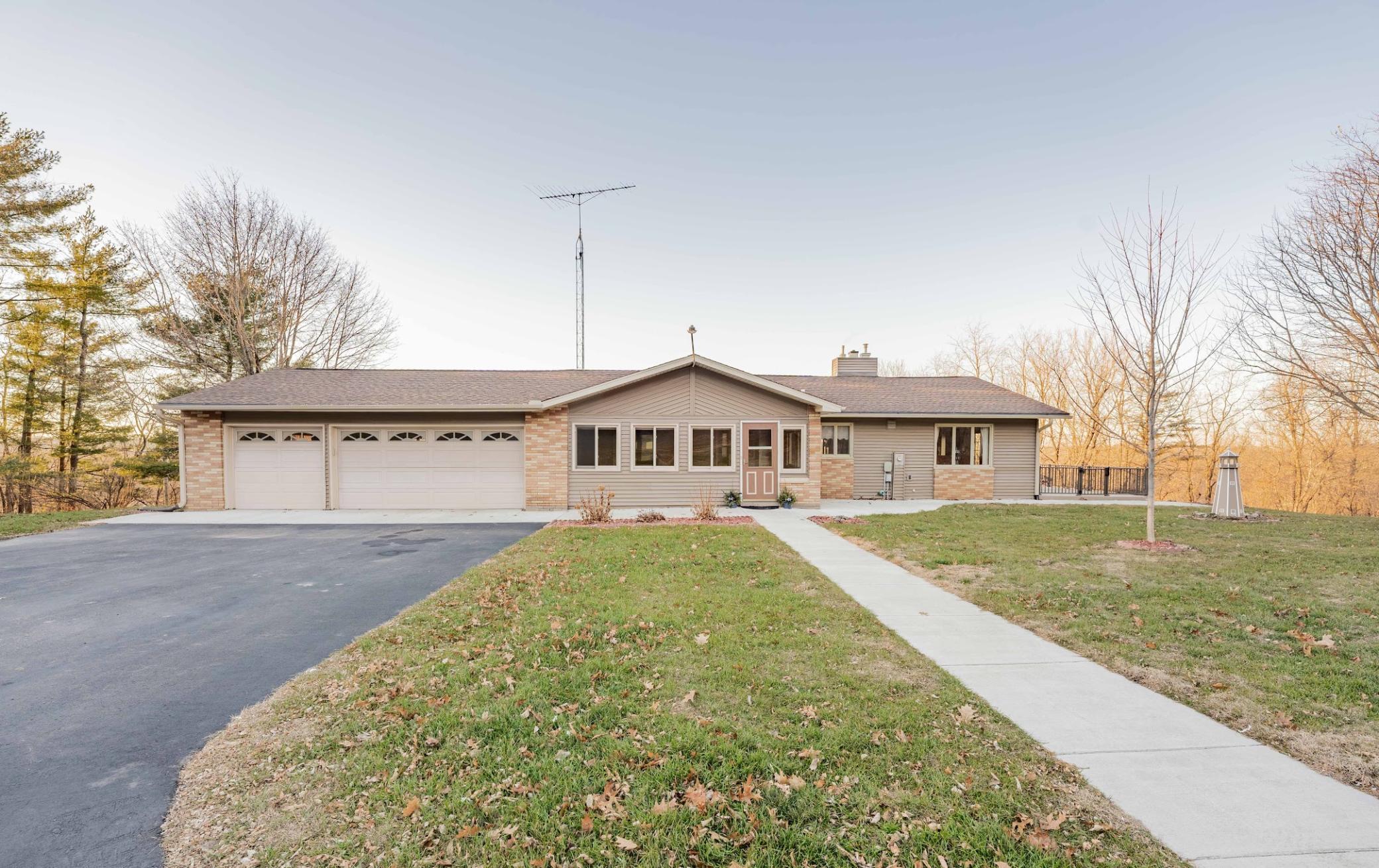 N5607 Pleasant Ridge Lane Property Photo - Pepin, WI real estate listing