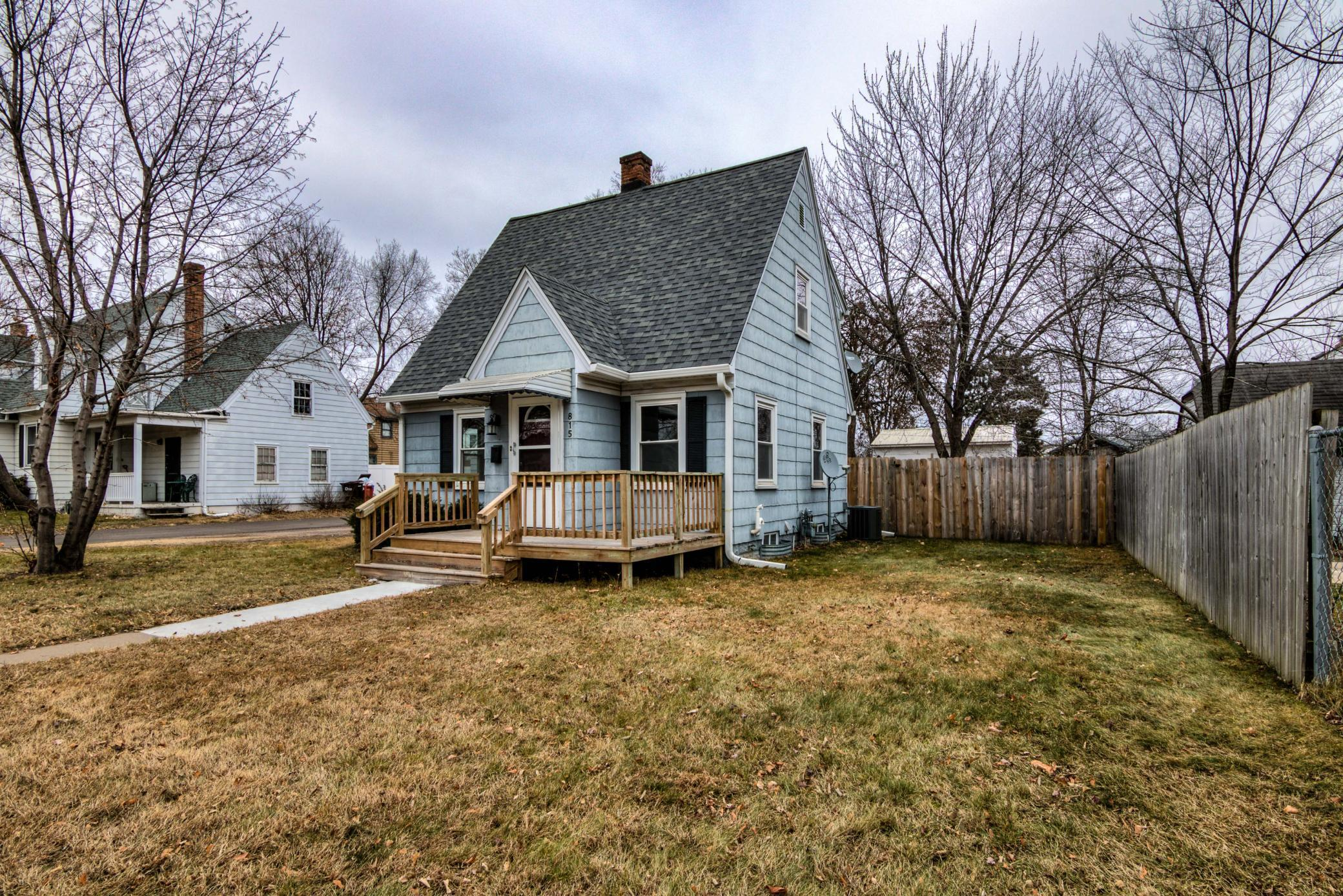 815 Margaret Street Property Photo - Eau Claire, WI real estate listing