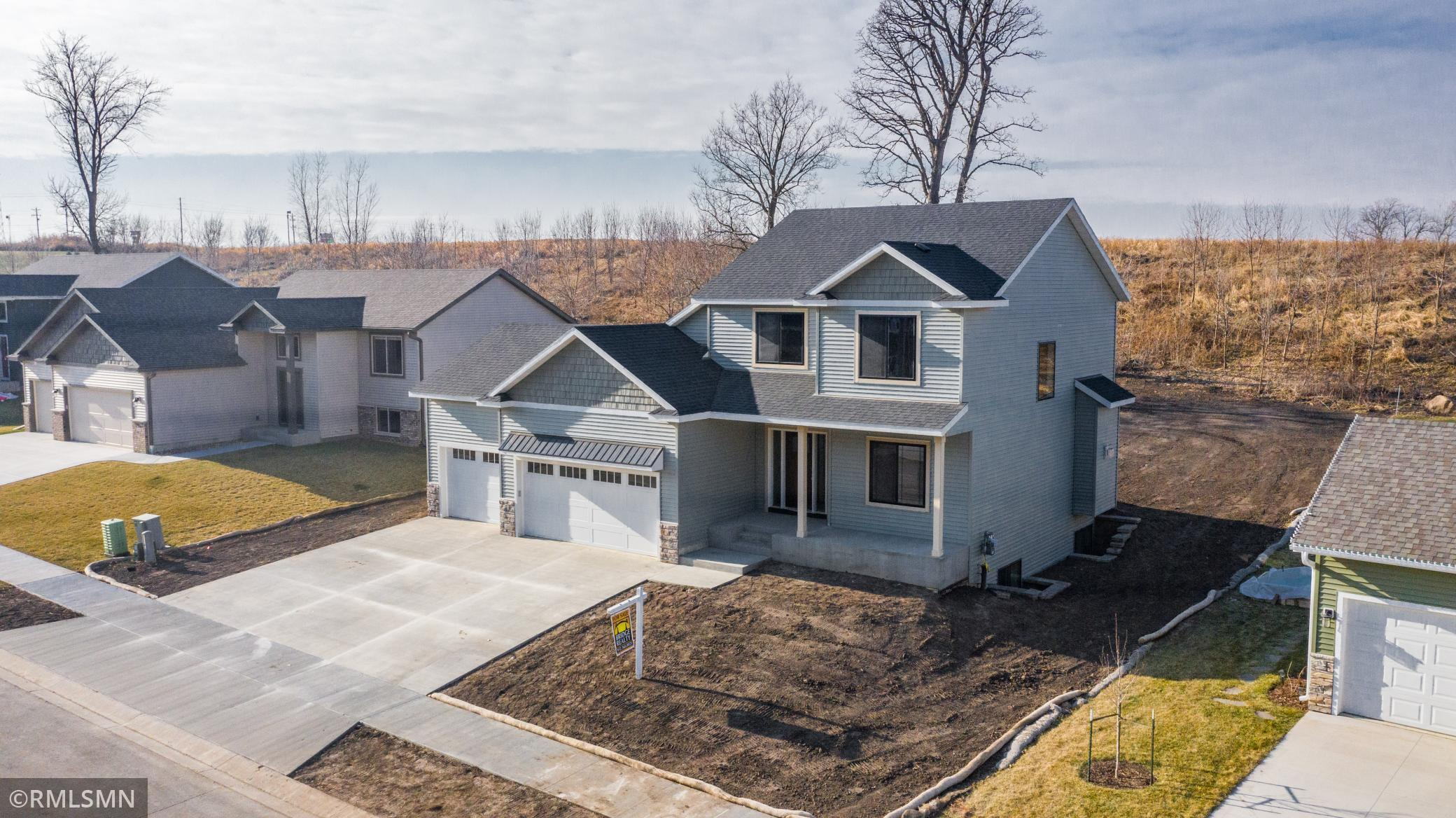 6607 Clarkia Drive NW Property Photo - Rochester, MN real estate listing