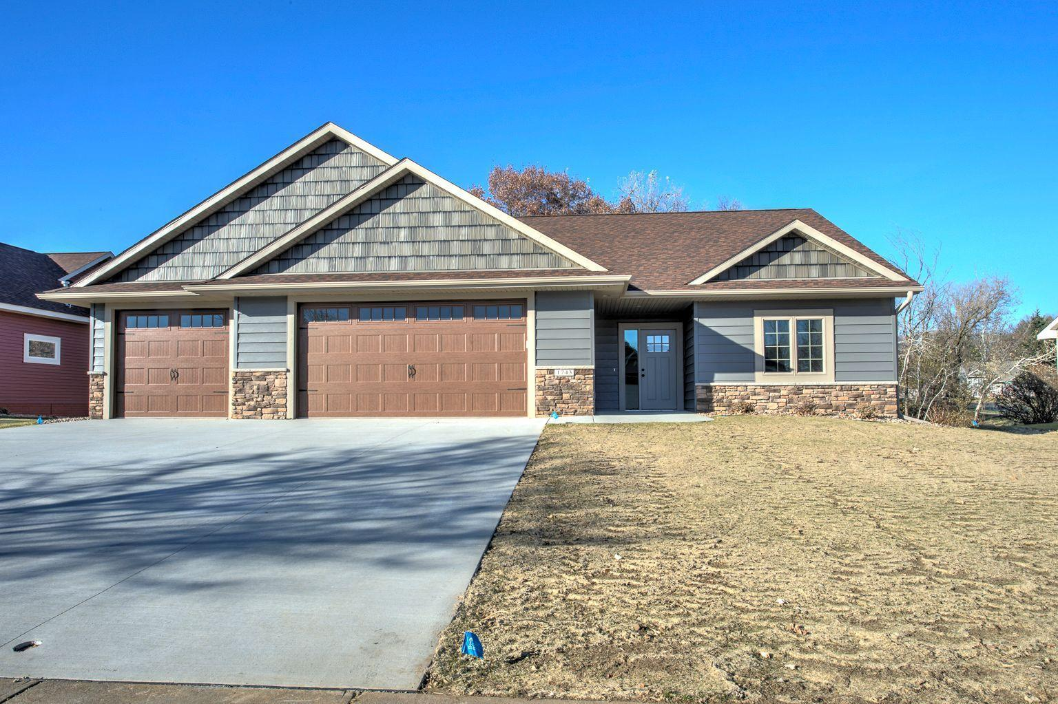 1743 Kimberly Circle Property Photo - River Falls, WI real estate listing