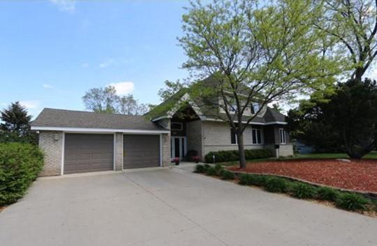6433 Ryan Avenue Property Photo - Edina, MN real estate listing
