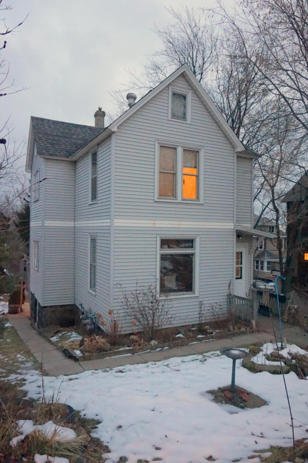 2202 W 8th Street Property Photo