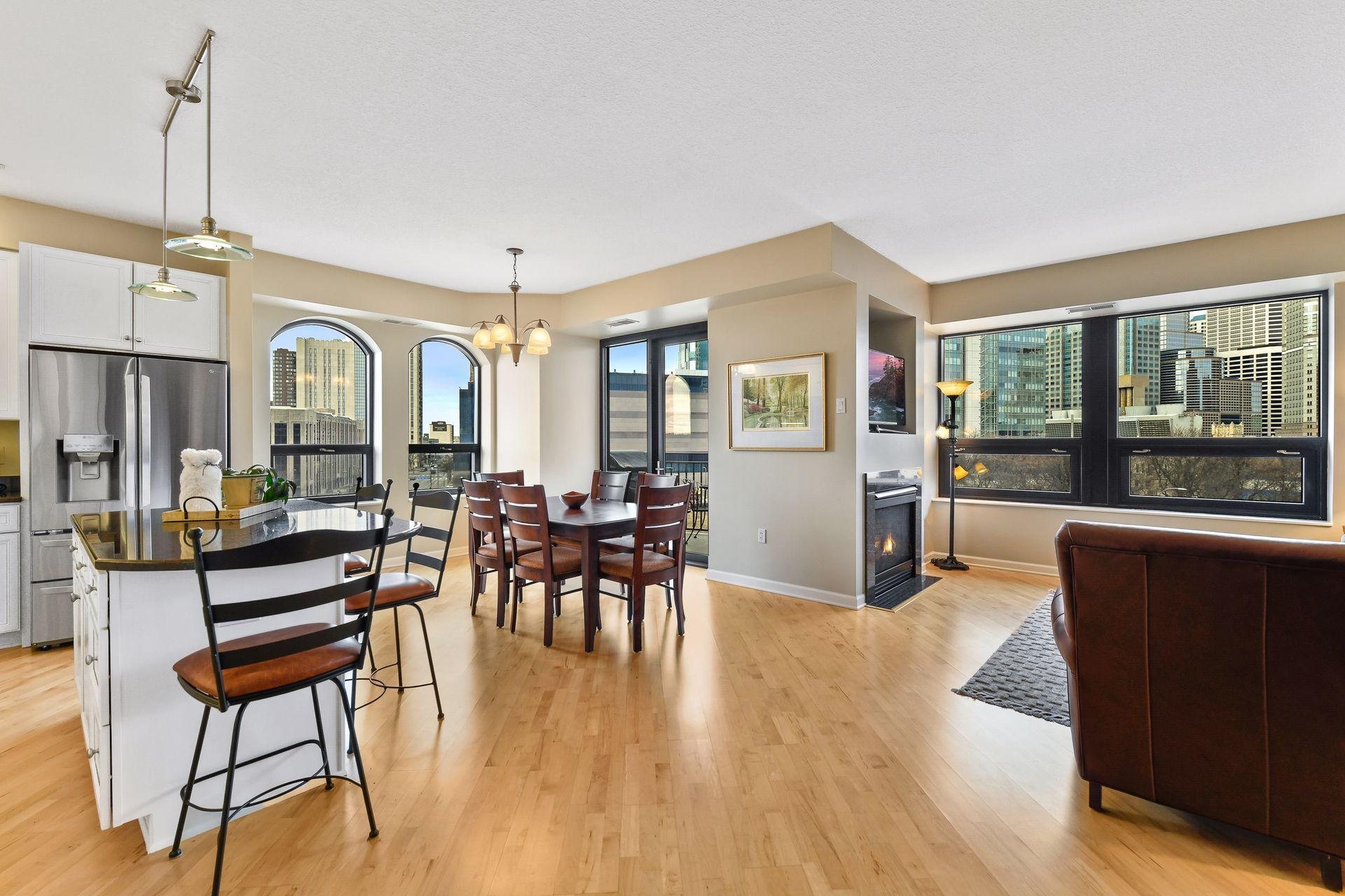 500 E Grant Street #402 Property Photo - Minneapolis, MN real estate listing