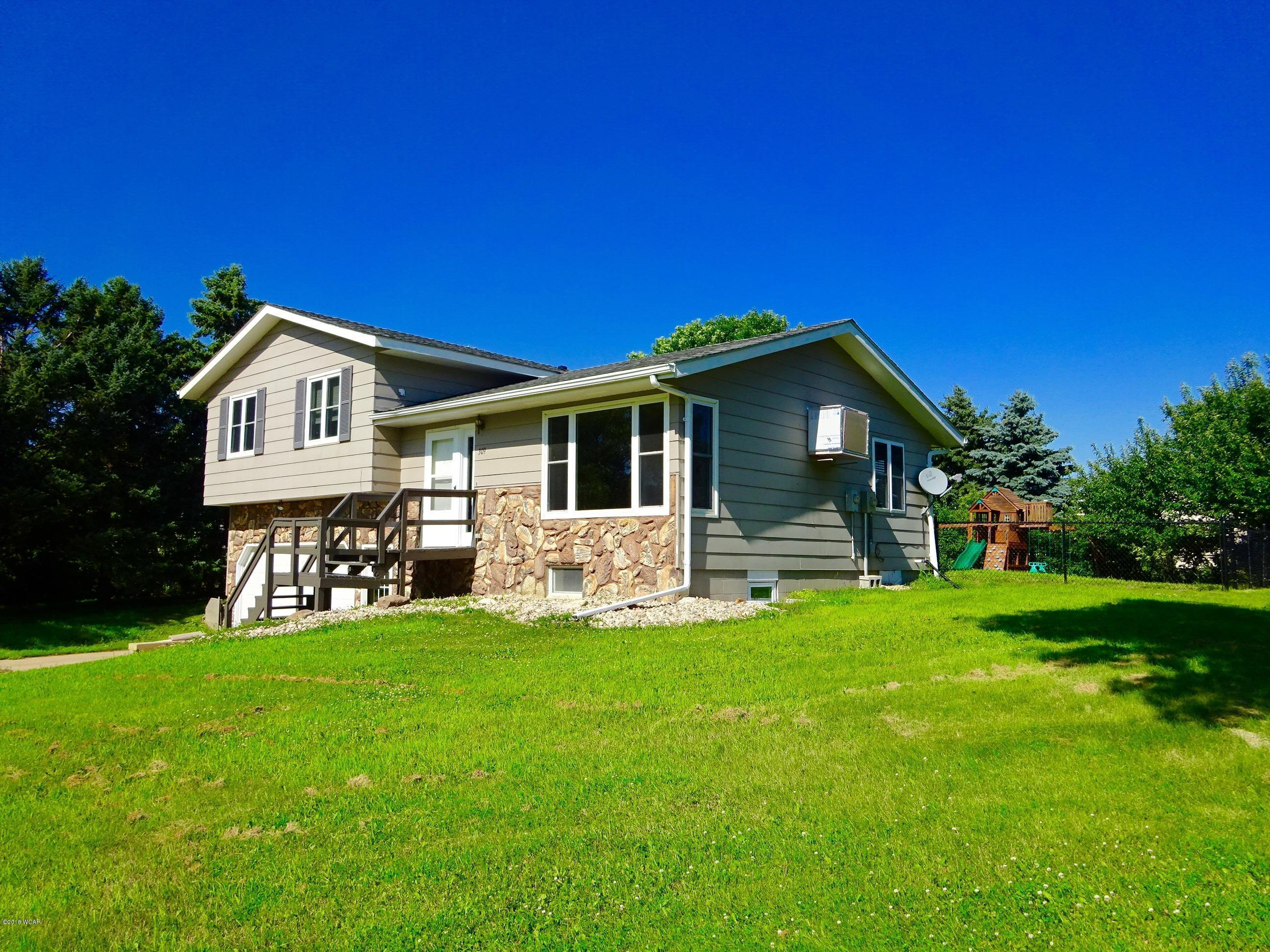 309 Hill Street Property Photo - Russell, MN real estate listing