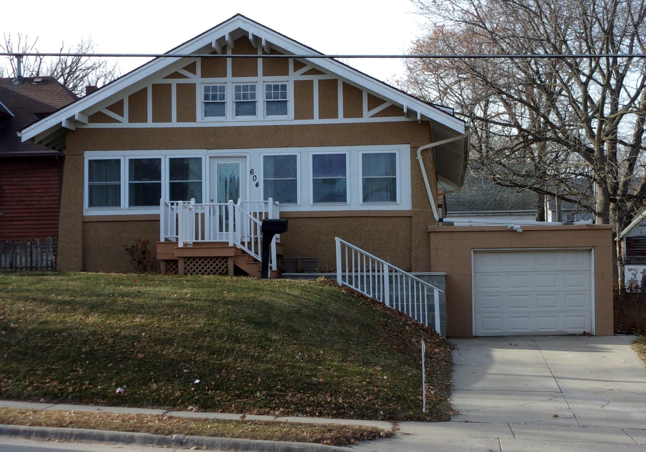 604 Albion Avenue Property Photo - Fairmont, MN real estate listing